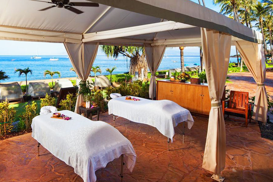 hawaii experience massage tables under tent on the beach