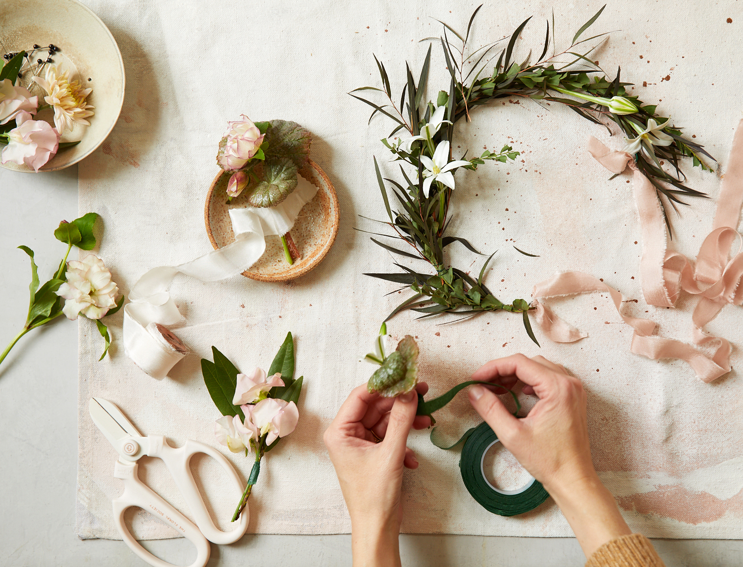 floral stem tape pieces