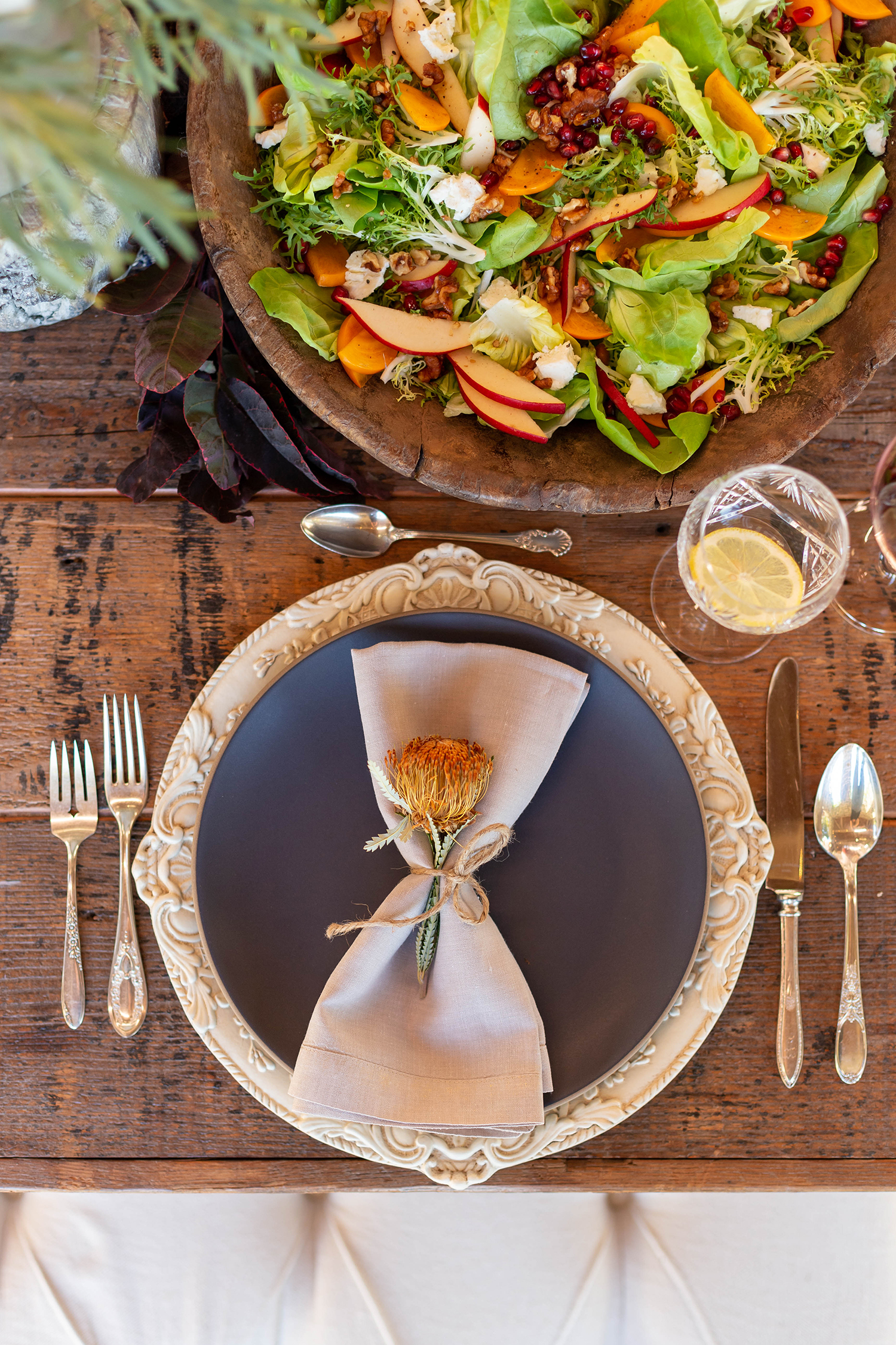 jessica simpson friendsgiving plate with napkin and salad
