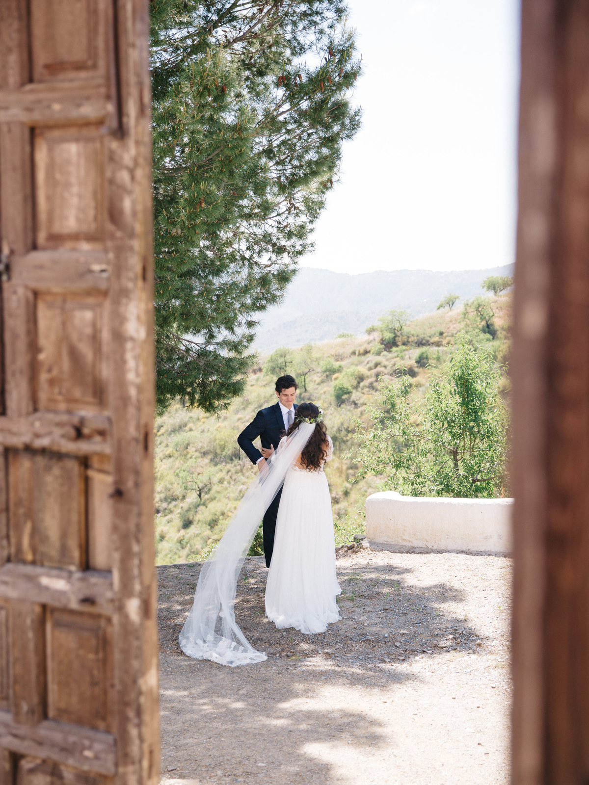 daphne jack wedding spain first look