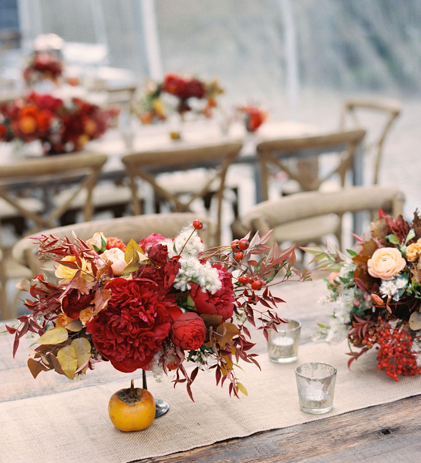 thanksgiving rehearsal dinner red bouquets table decor