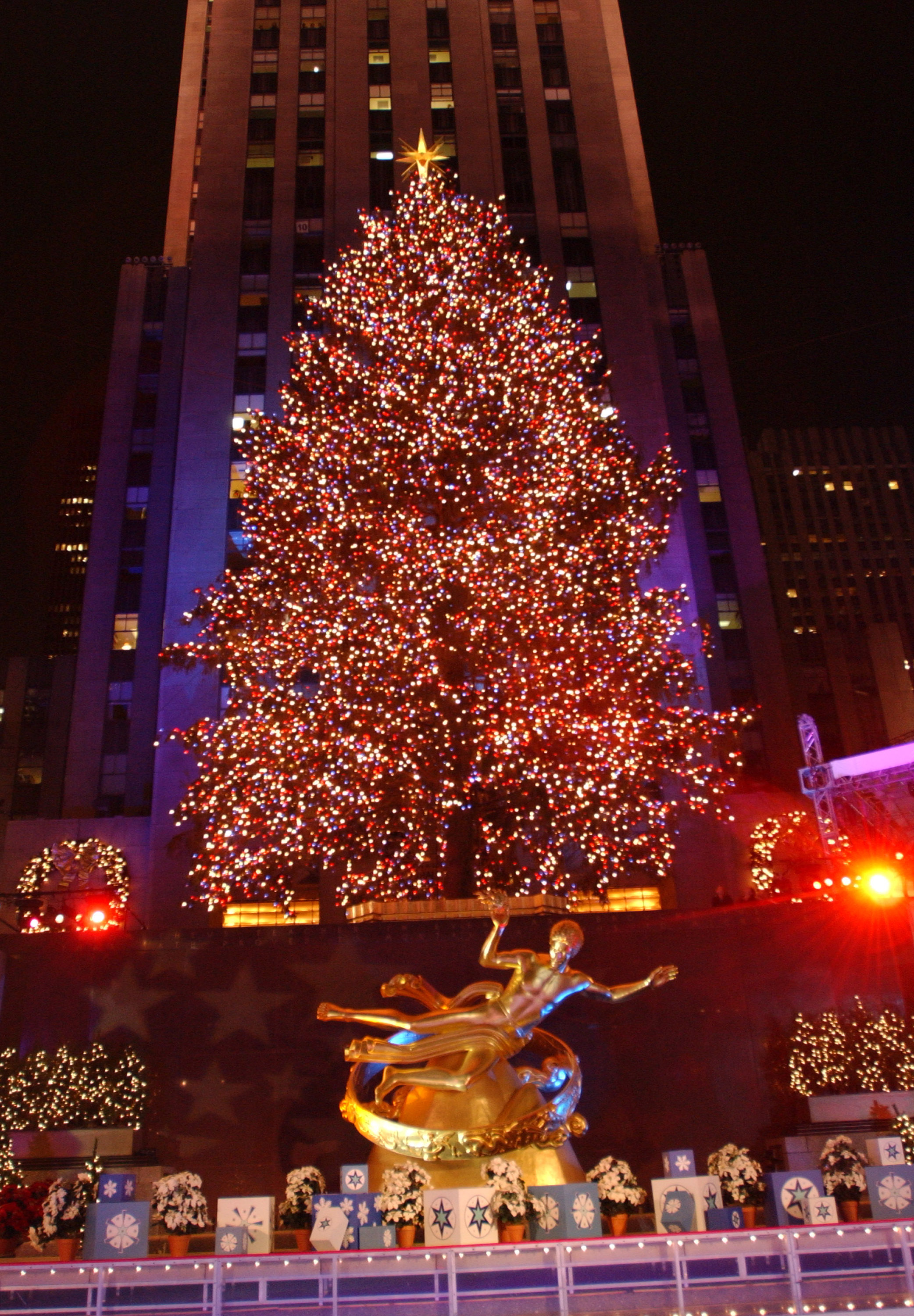 rockefeller-tree-2001-getty