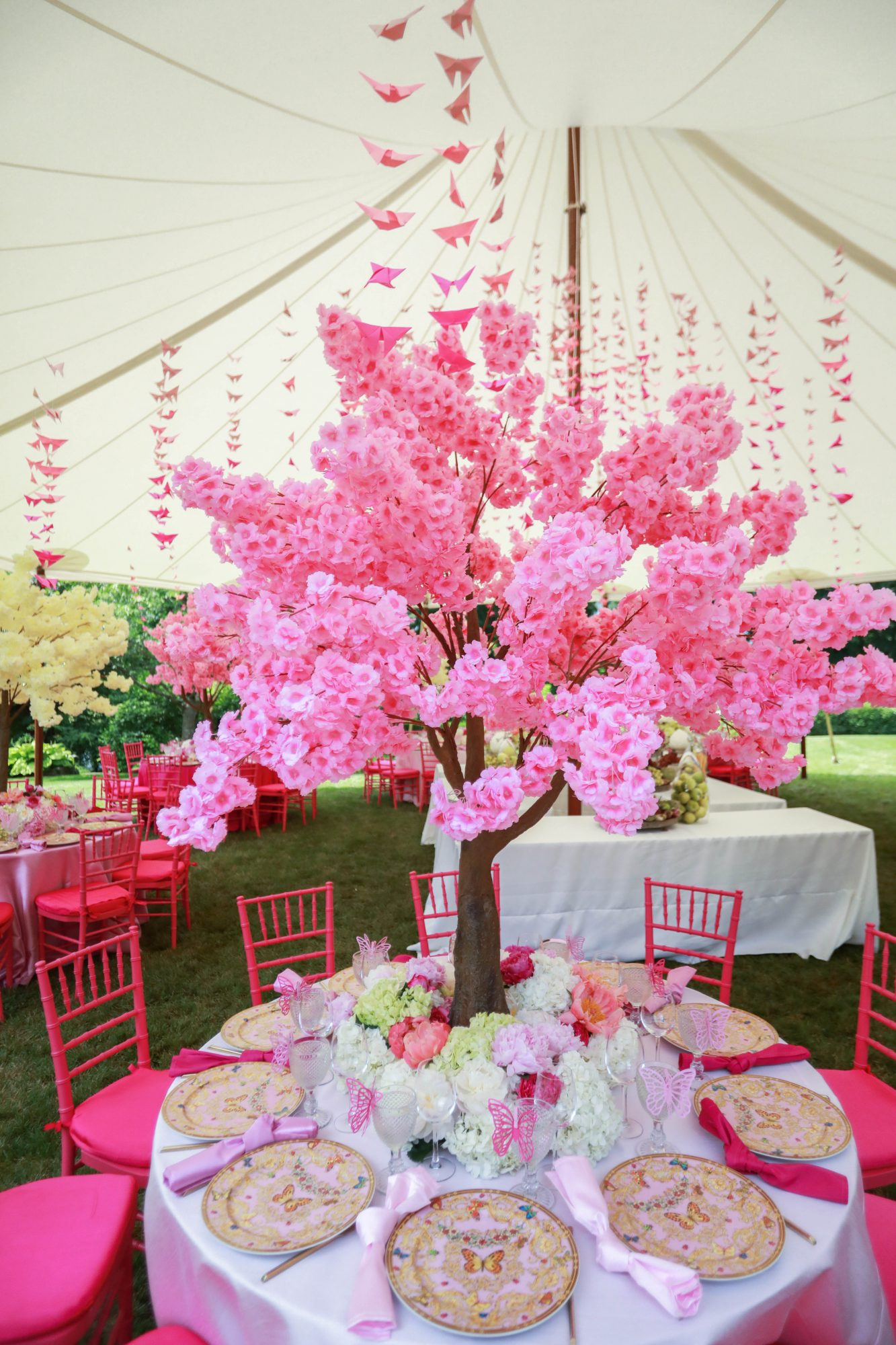 bridal shower ping table setting decor under tent