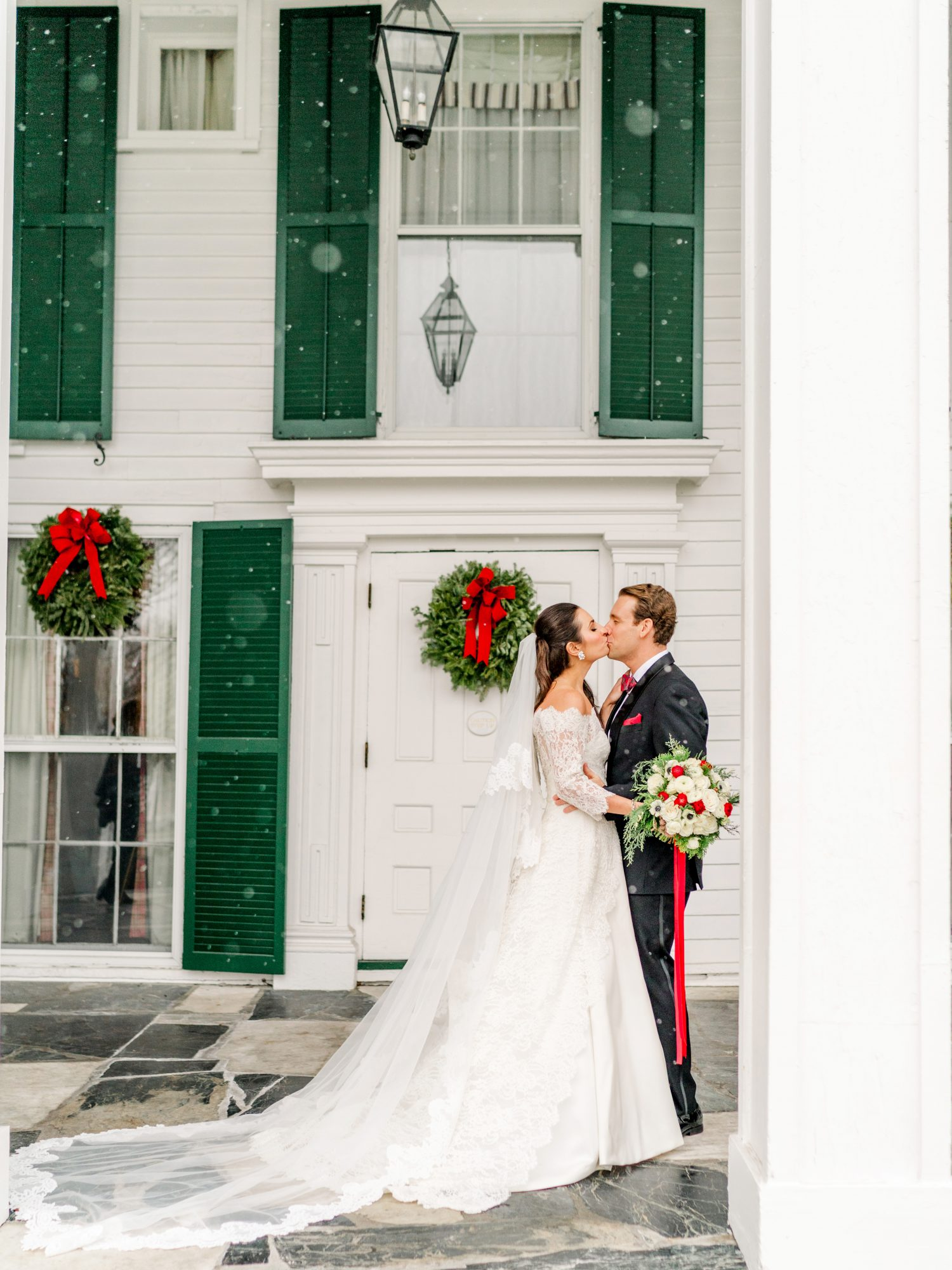 lauren christian christmas wedding couple outside kissing