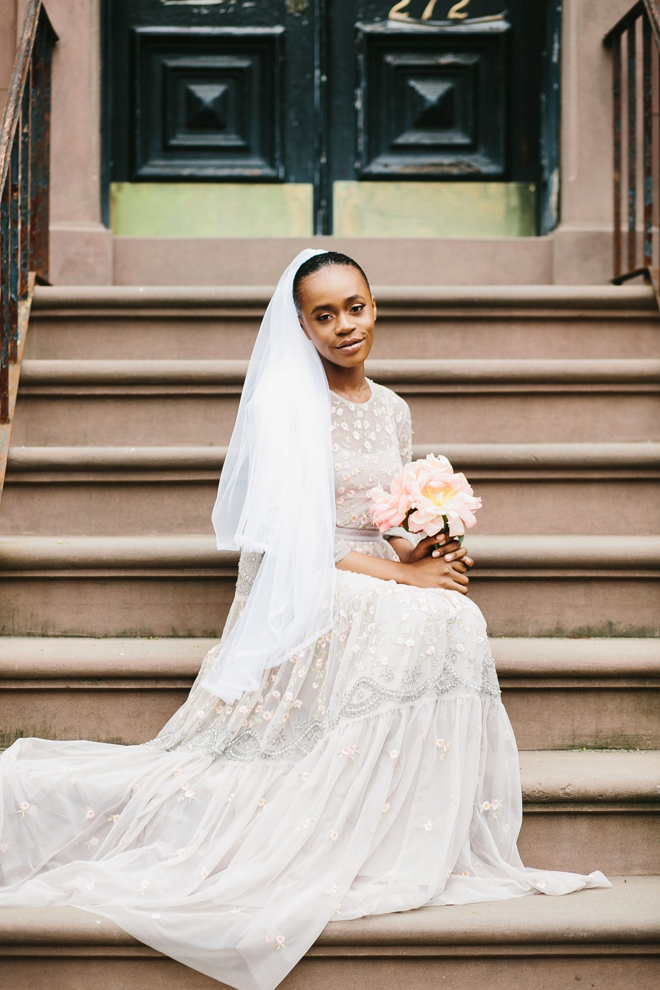 lola quinlan elopement bride on steps