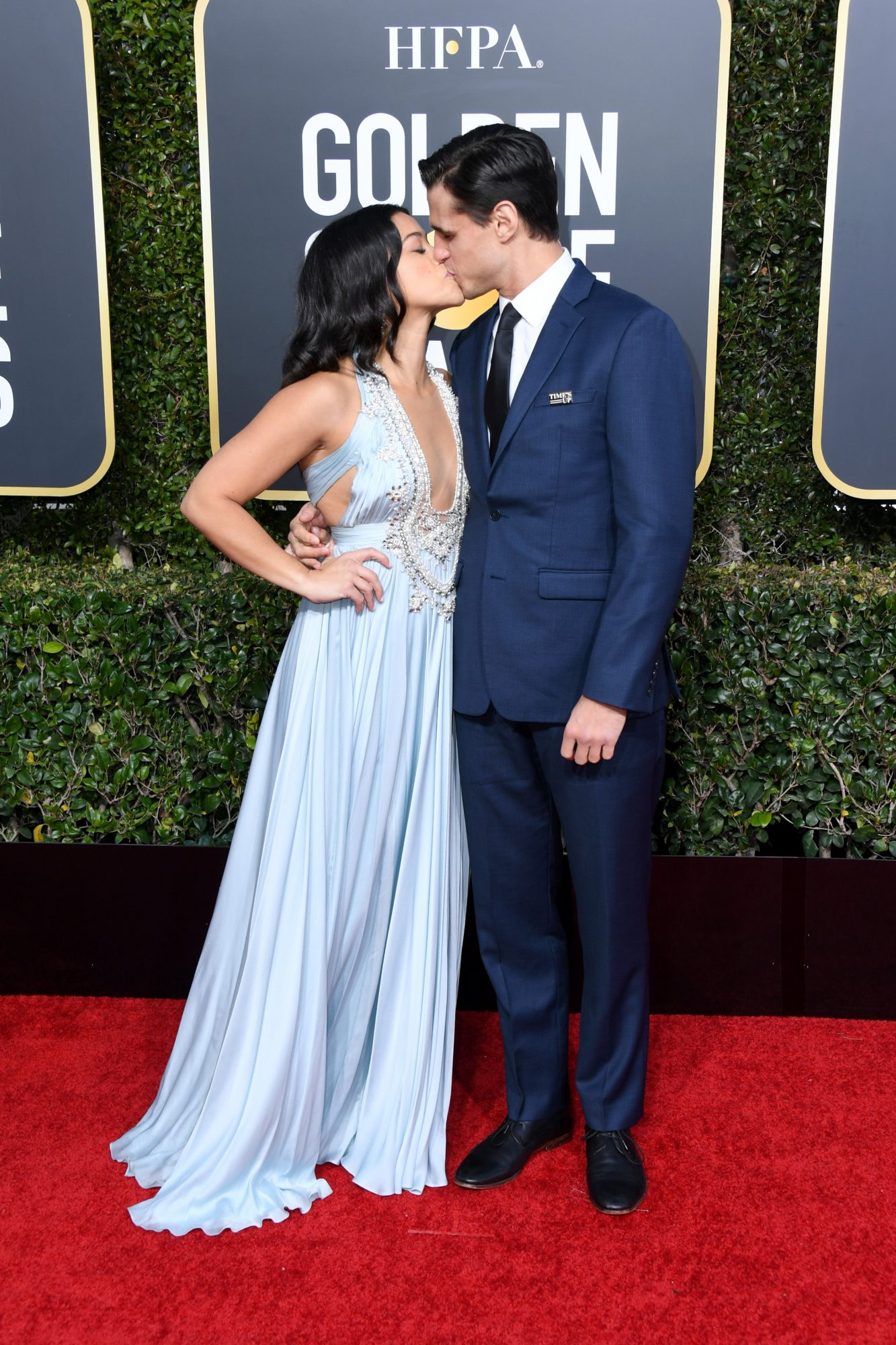 gina rodriguez and joe locicero 2019 golden globes