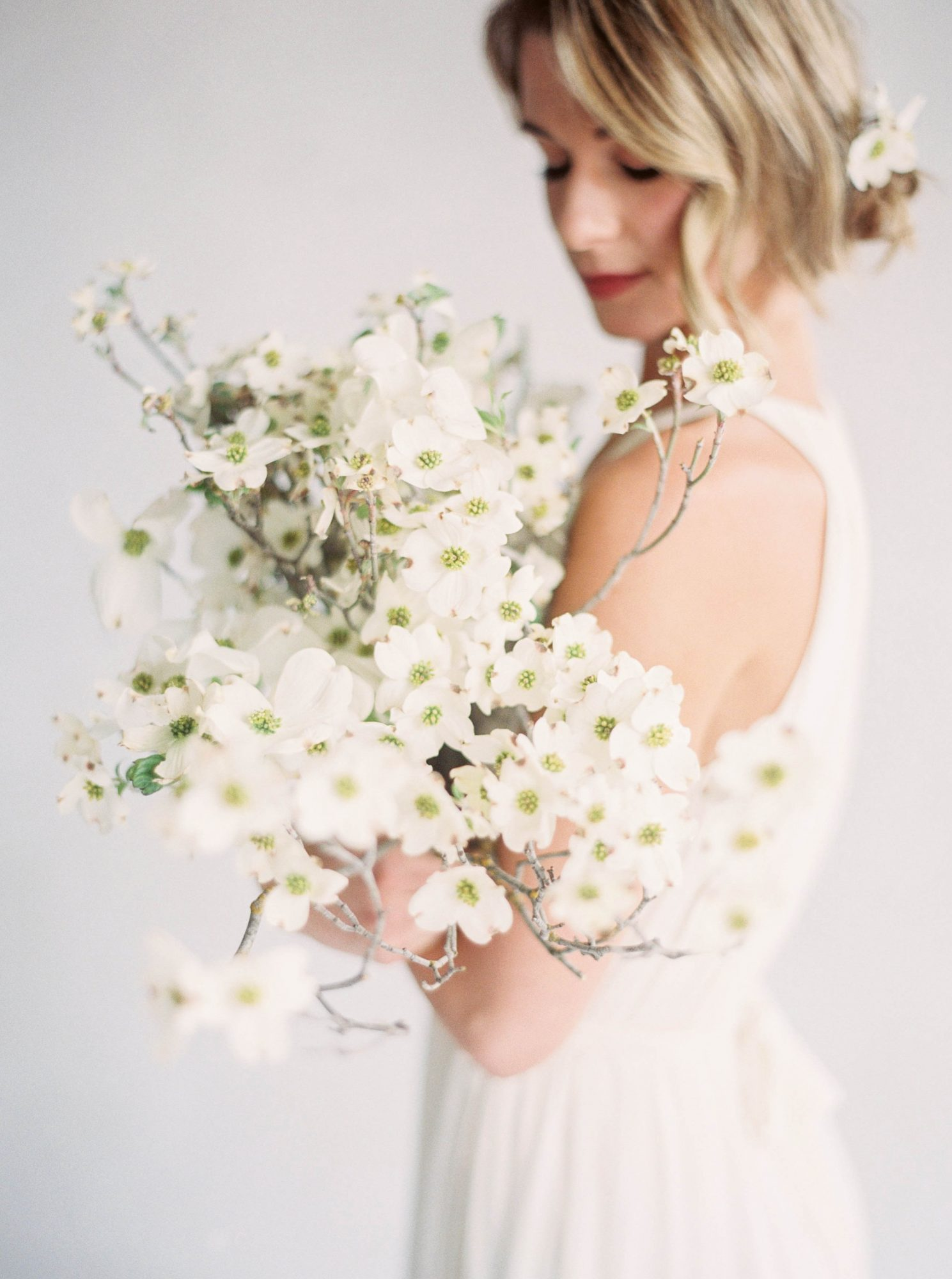 minimal romantic dogwood bouquet