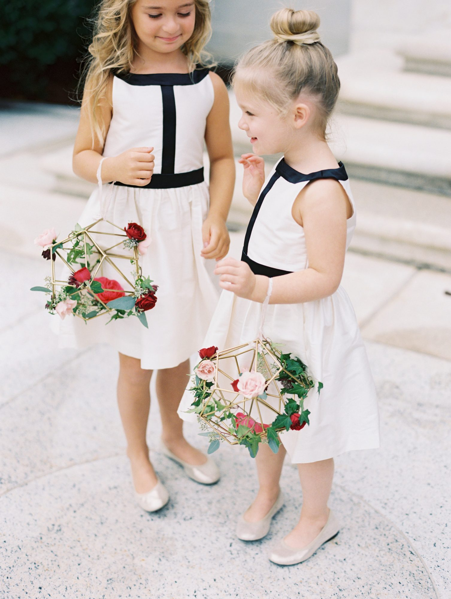 geometric wire flower girl baskets