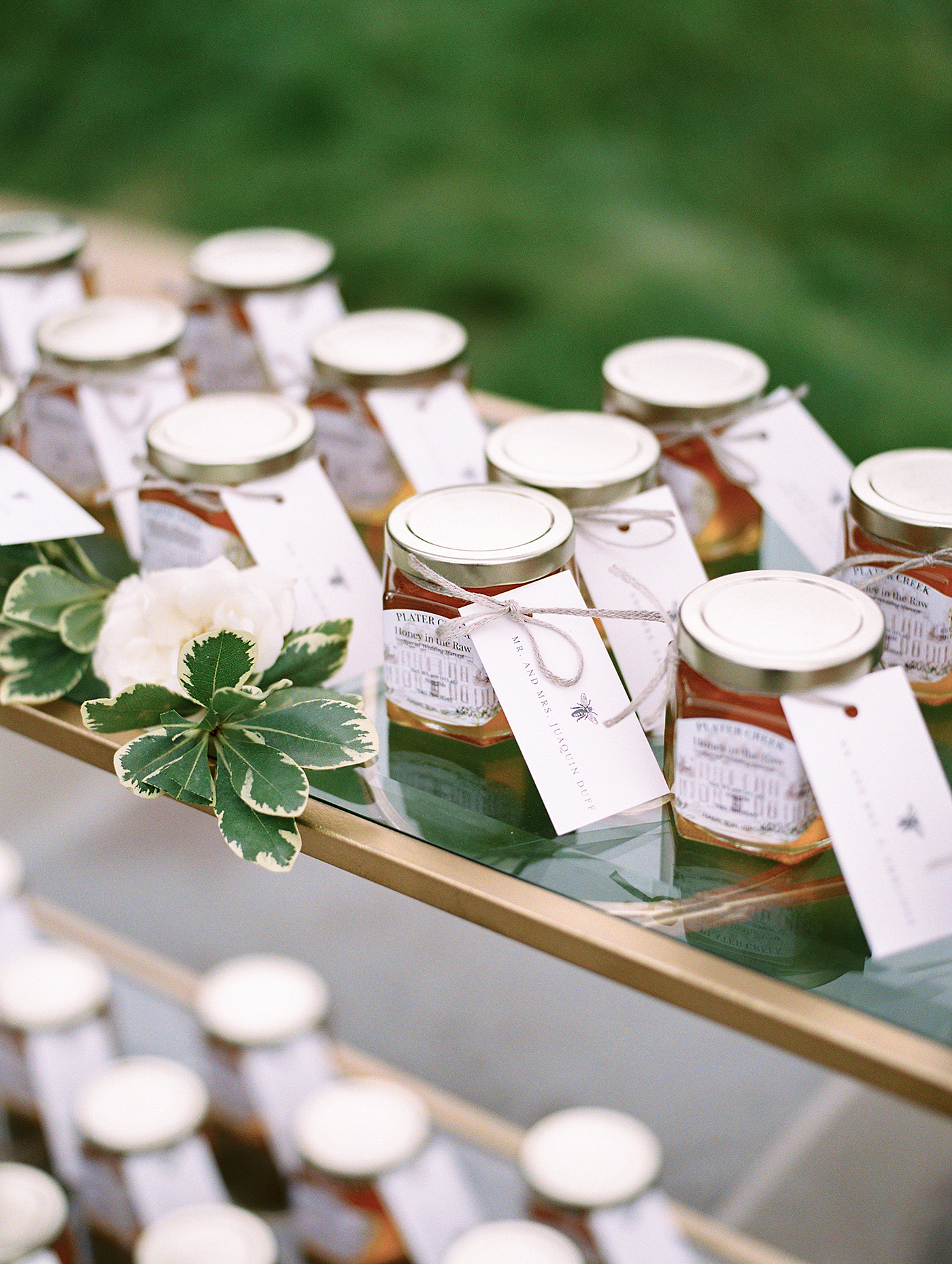 This couple utilized a longtime family tradition of harvesting honey for their favors—this added a sentimental and personal component to these take-home treats.