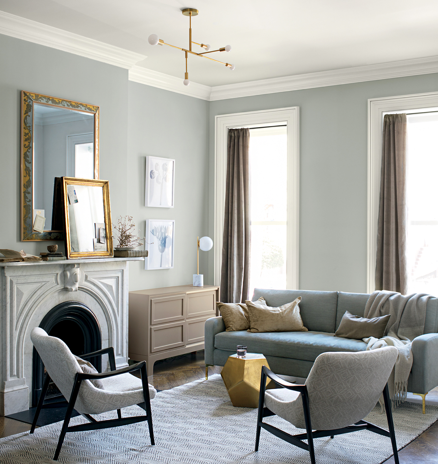 benjamin moore metropolitan swatch in living room