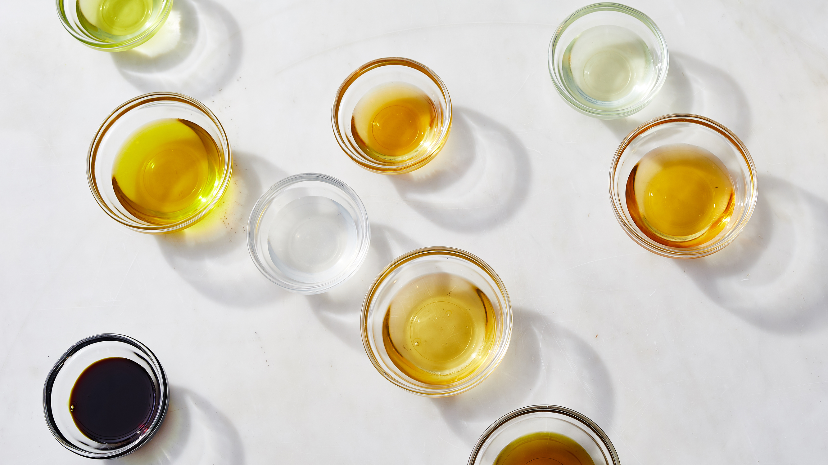 oils in small round dishes