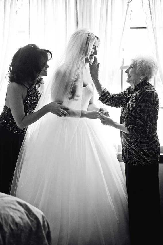mother and grandmother of the bride first look