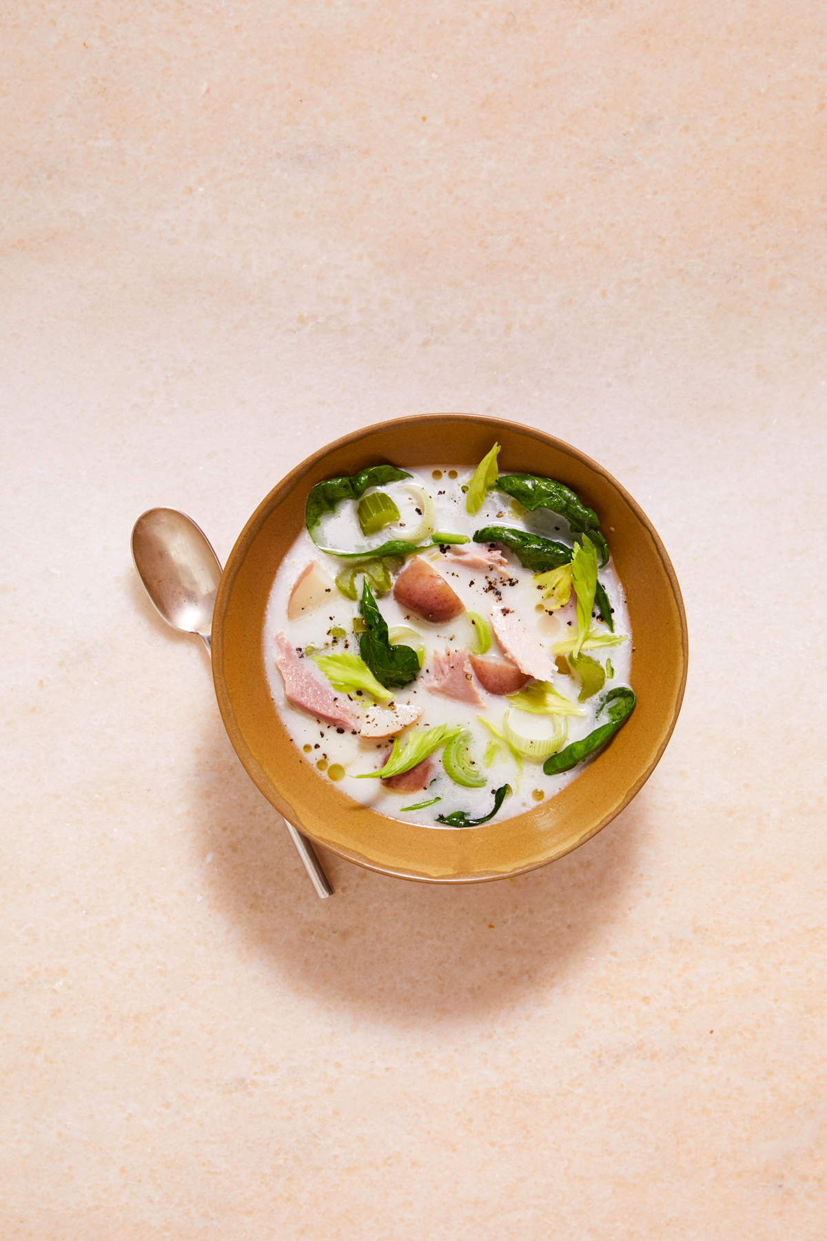 ham chowder with red potatoes and celery