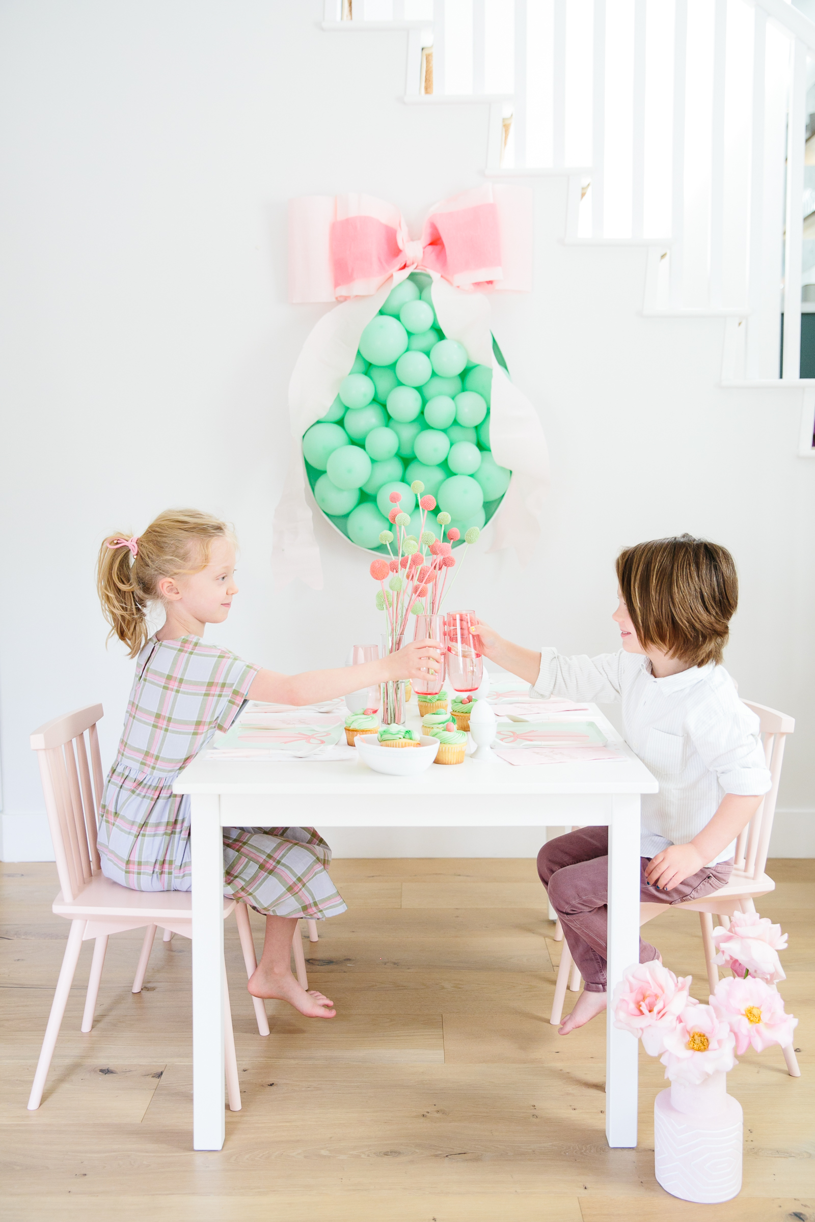 easter party kids cheers cupcakes
