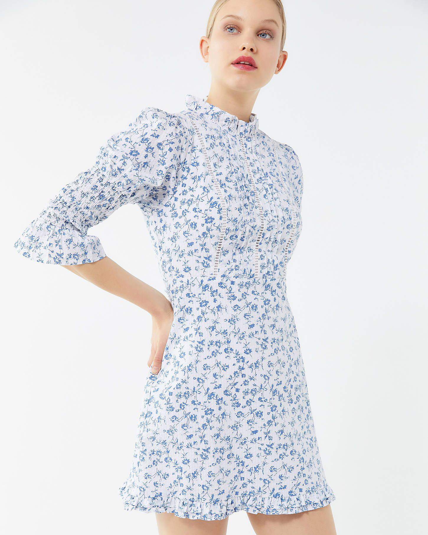 blue floral pattern high-neckline mini dress