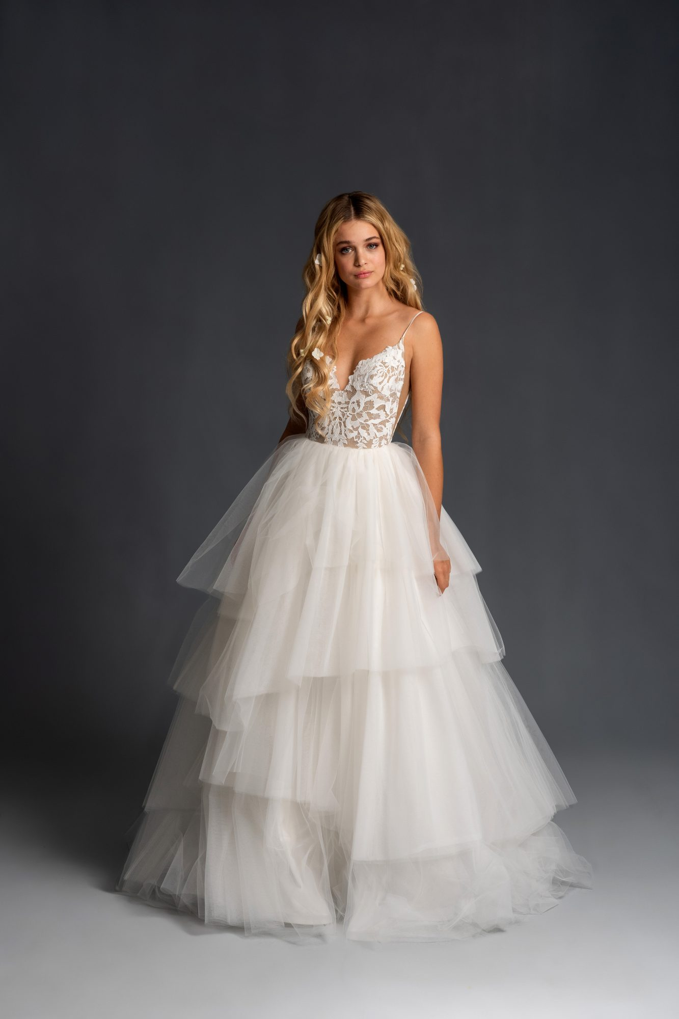 blush hayley paige sleeveless lace tulle tiers ballgown wedding dress spring 2020