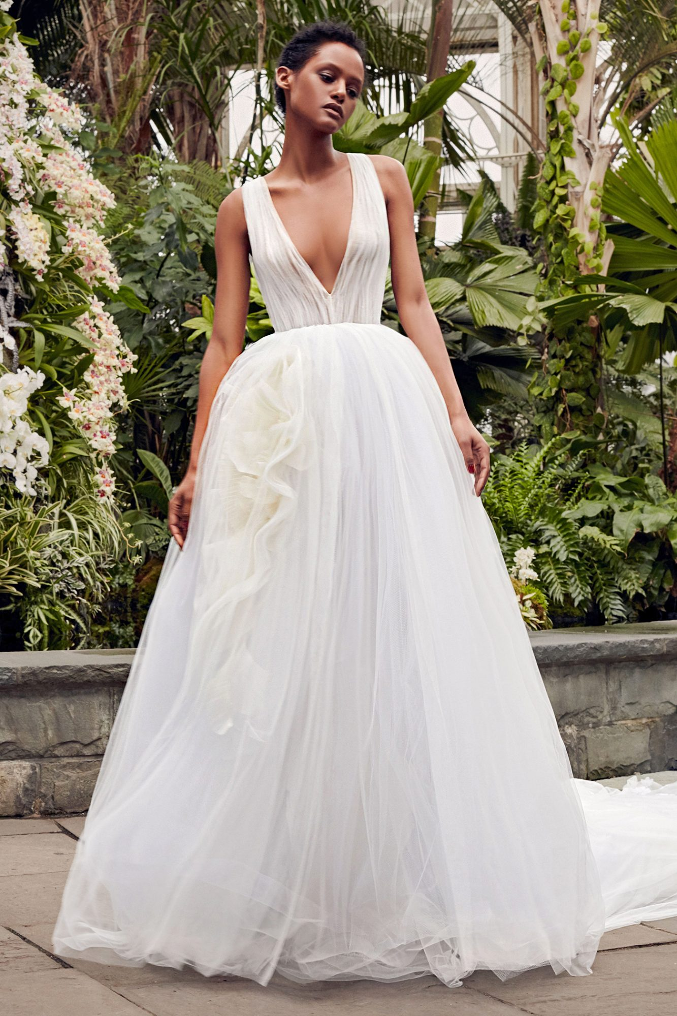 vera wang plunging neck ball gown wedding dress spring 2020