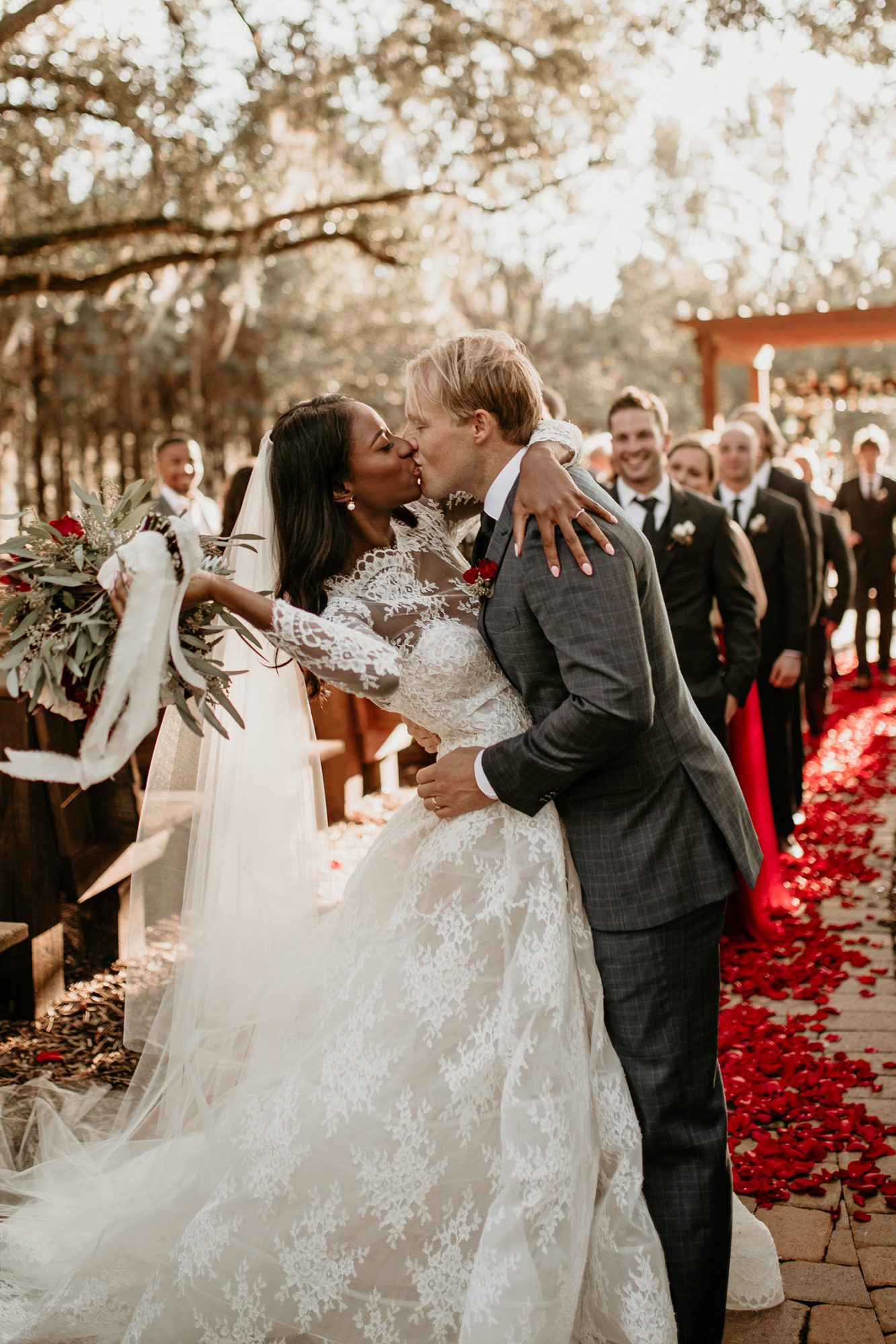 aerielle dyan wedding kiss