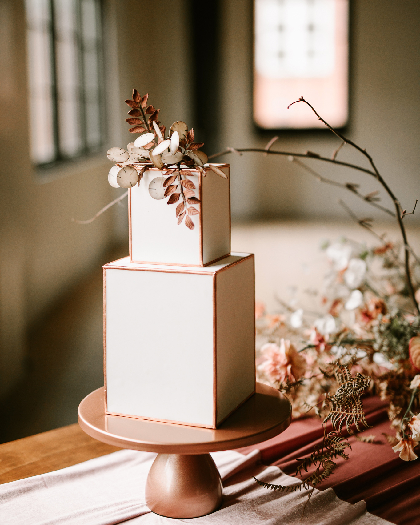 cubed wedding white cake with outlined edges