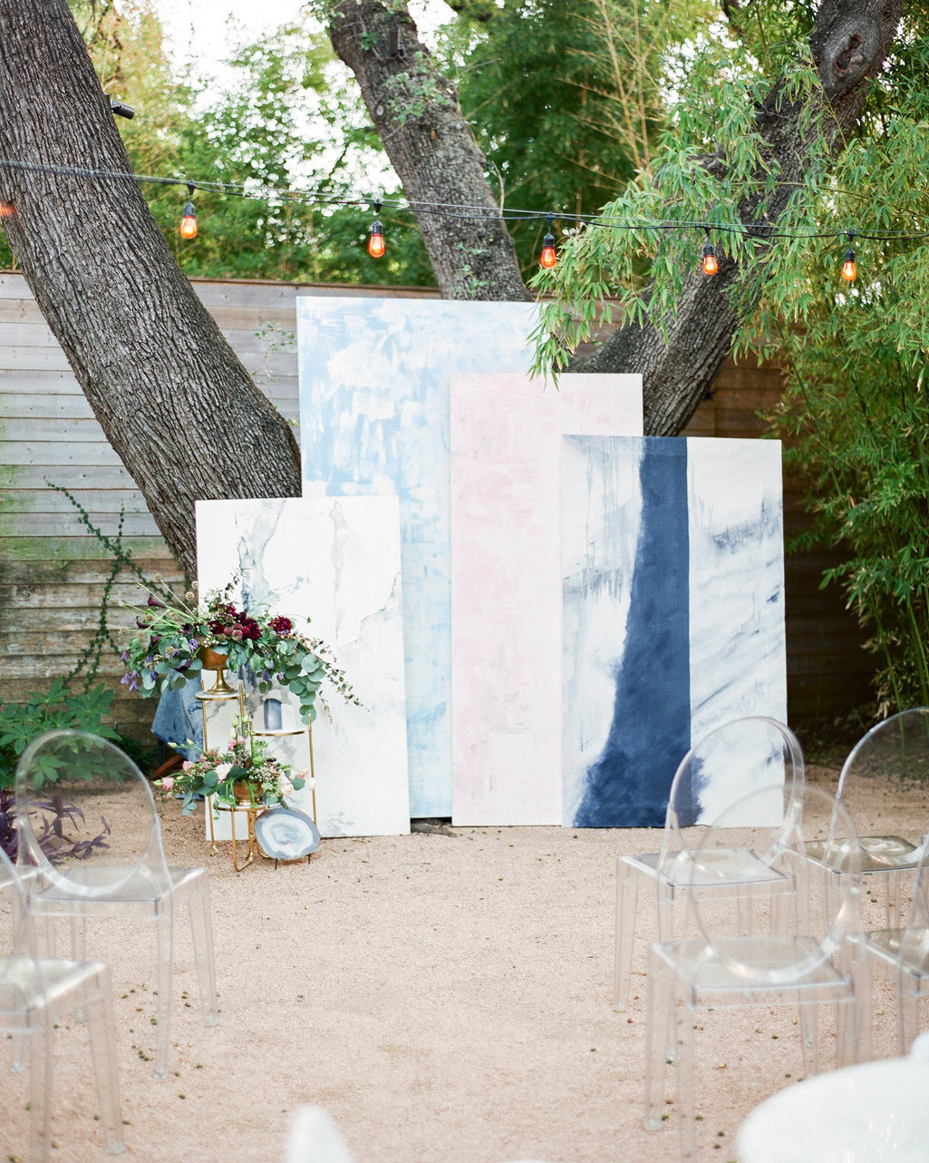 art-inspired wedding ideas abstract paintings ceremony decorations