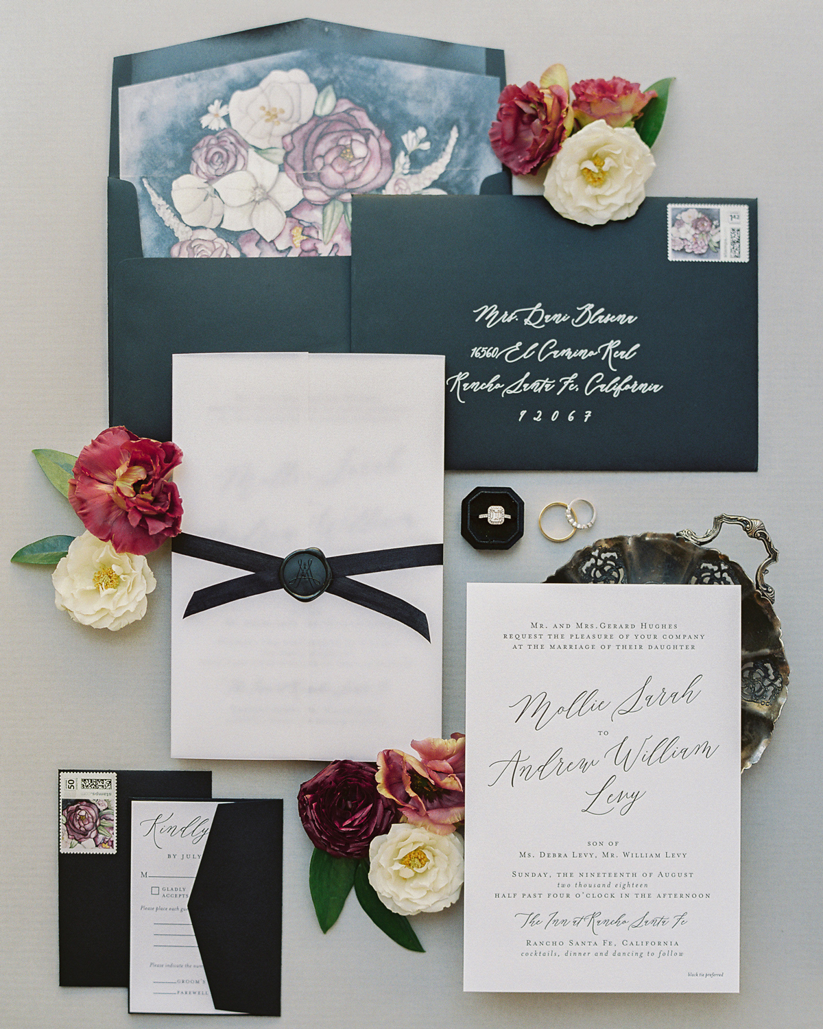 art-inspired wedding ideas floral envelope liner