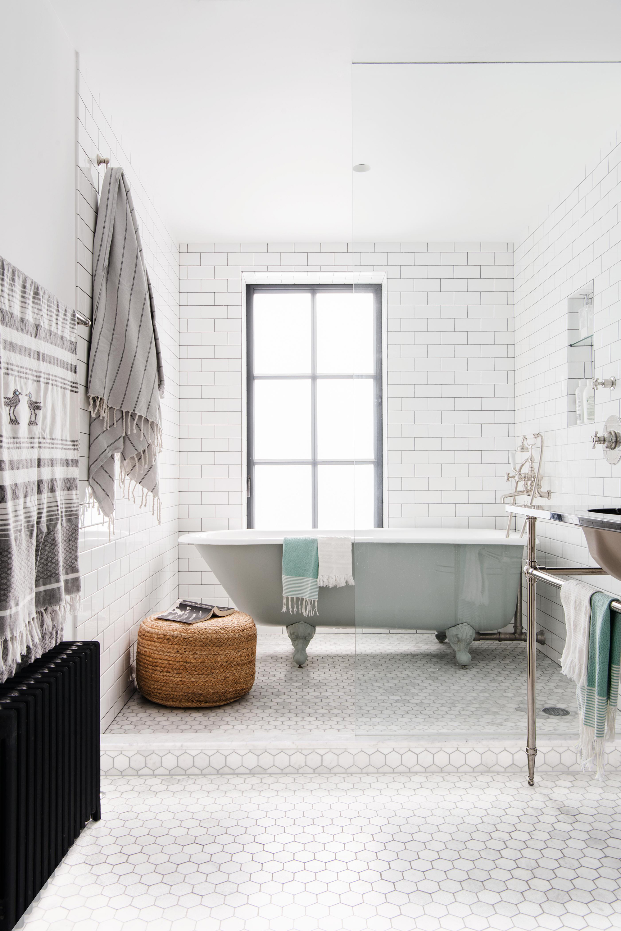 12 Smart Ways to Upgrade Your Bathroom Without Renovating It