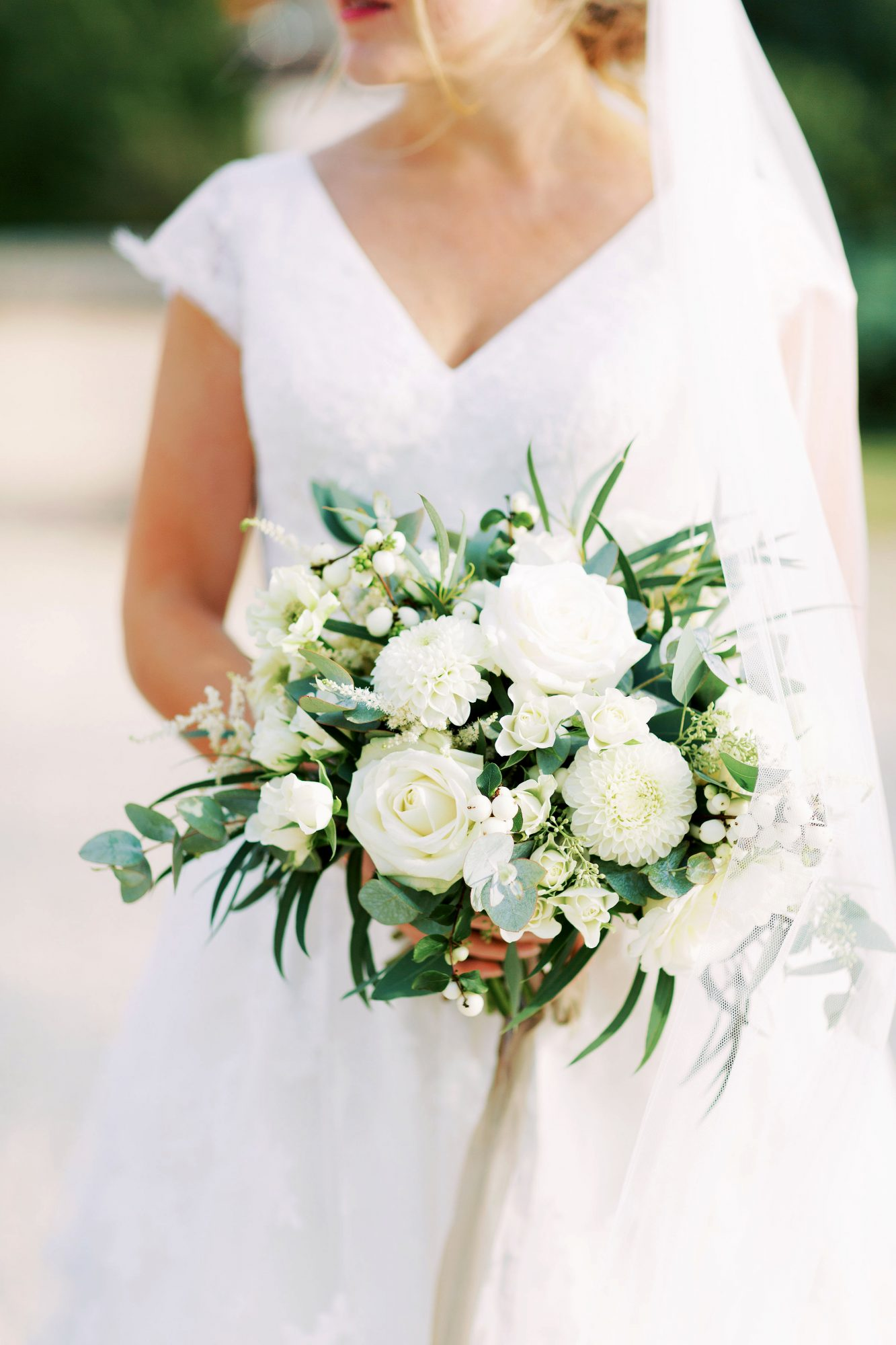 sophie christopher wedding bride with floral bouquet