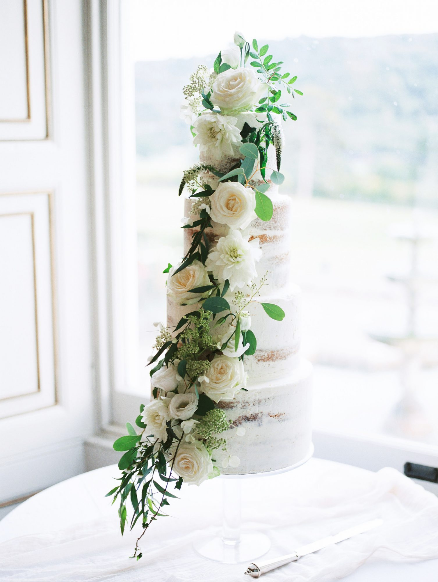 sophie christopher wedding mulit-tiered cake