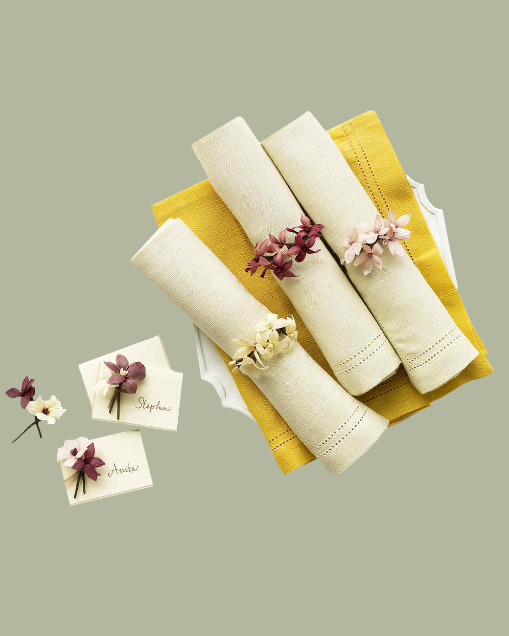 corn husk blooms place cards and napkin rings