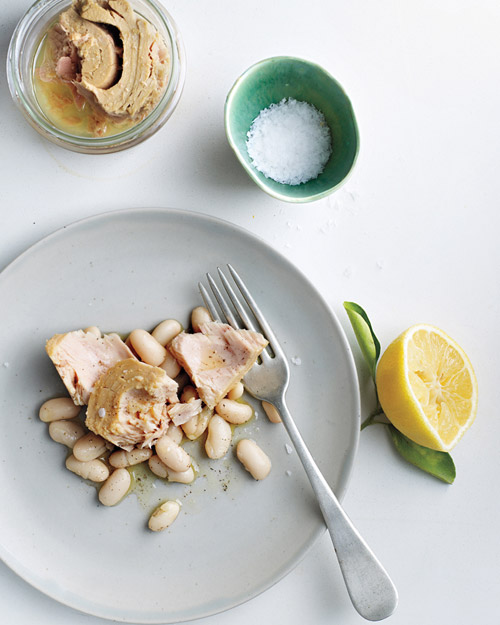 tuna and beans on gray plate