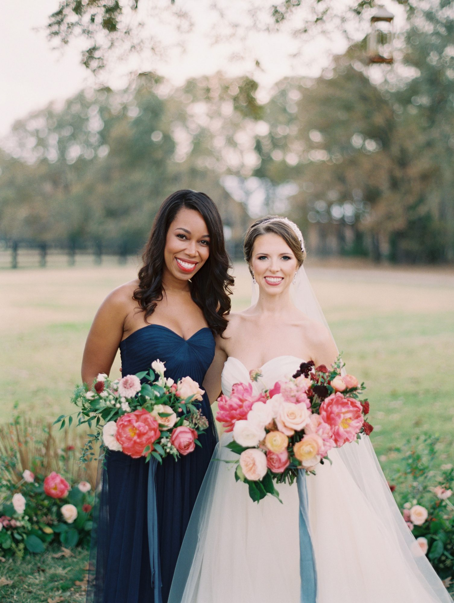 maid of honor hairstyles soft curls