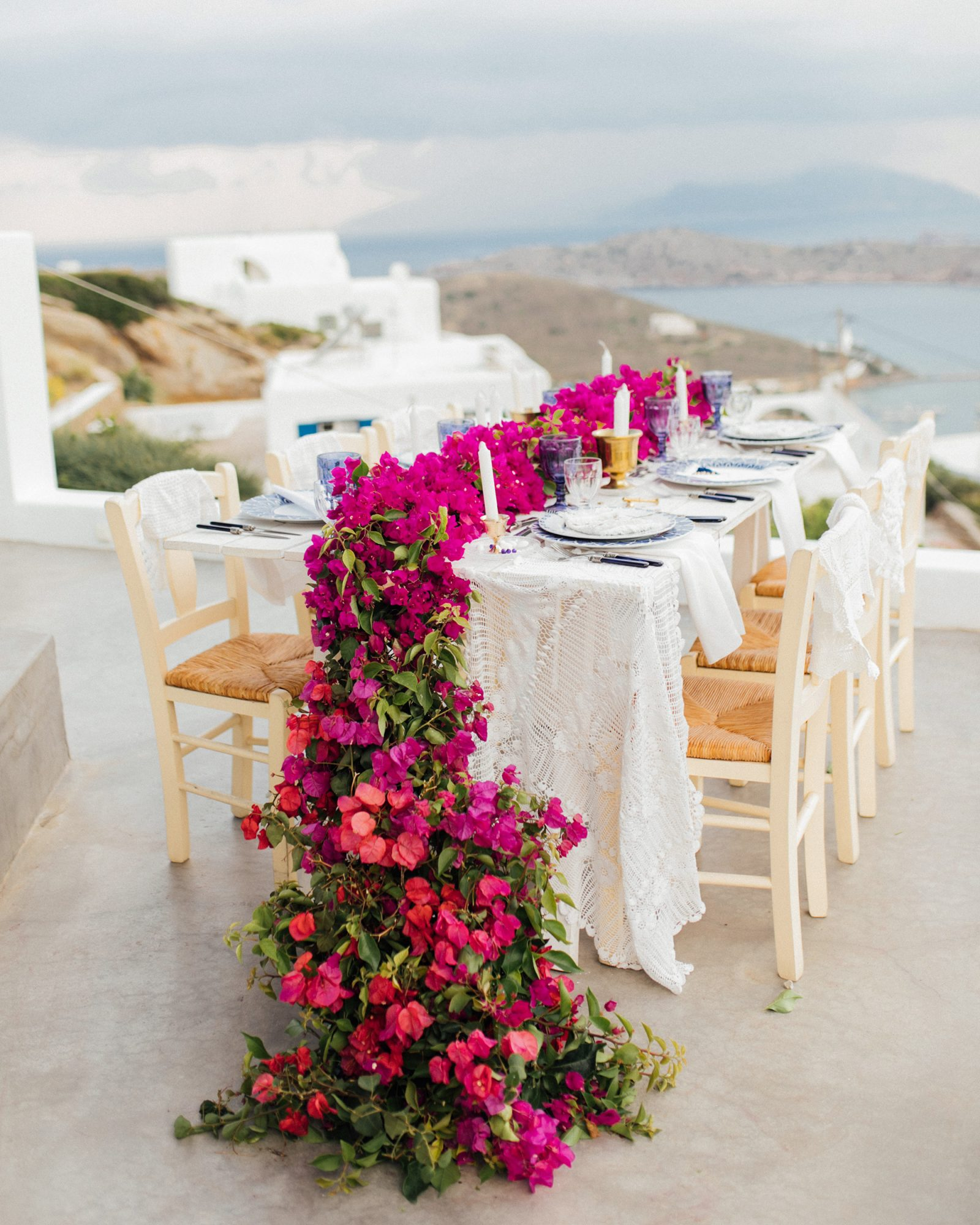 bougainvillea flowers garland centerpiece