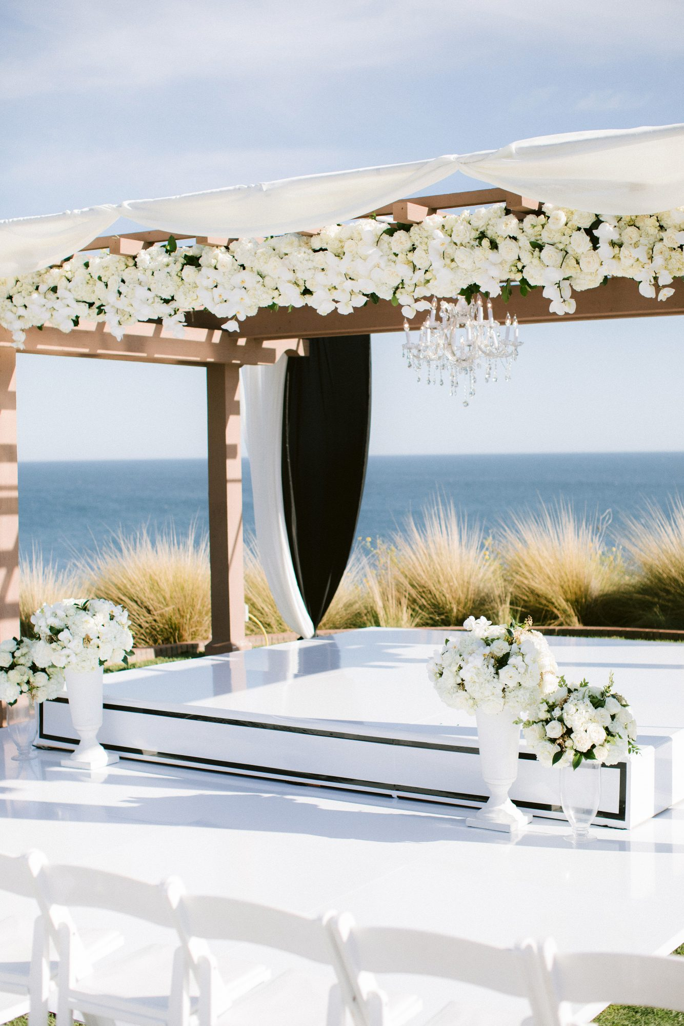 henery michael wedding ceremony floral structure