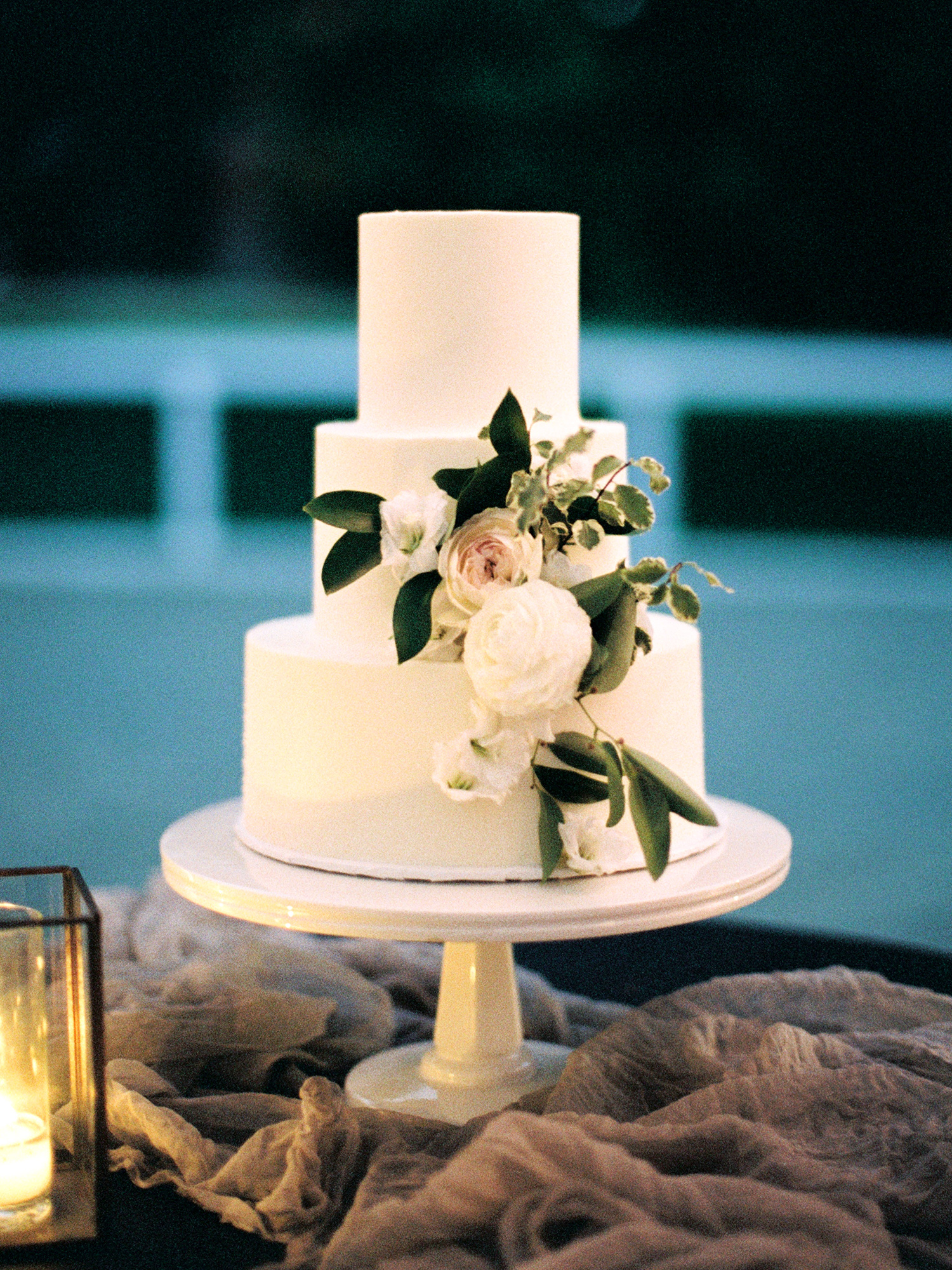 katie mike wedding cake white with flowers