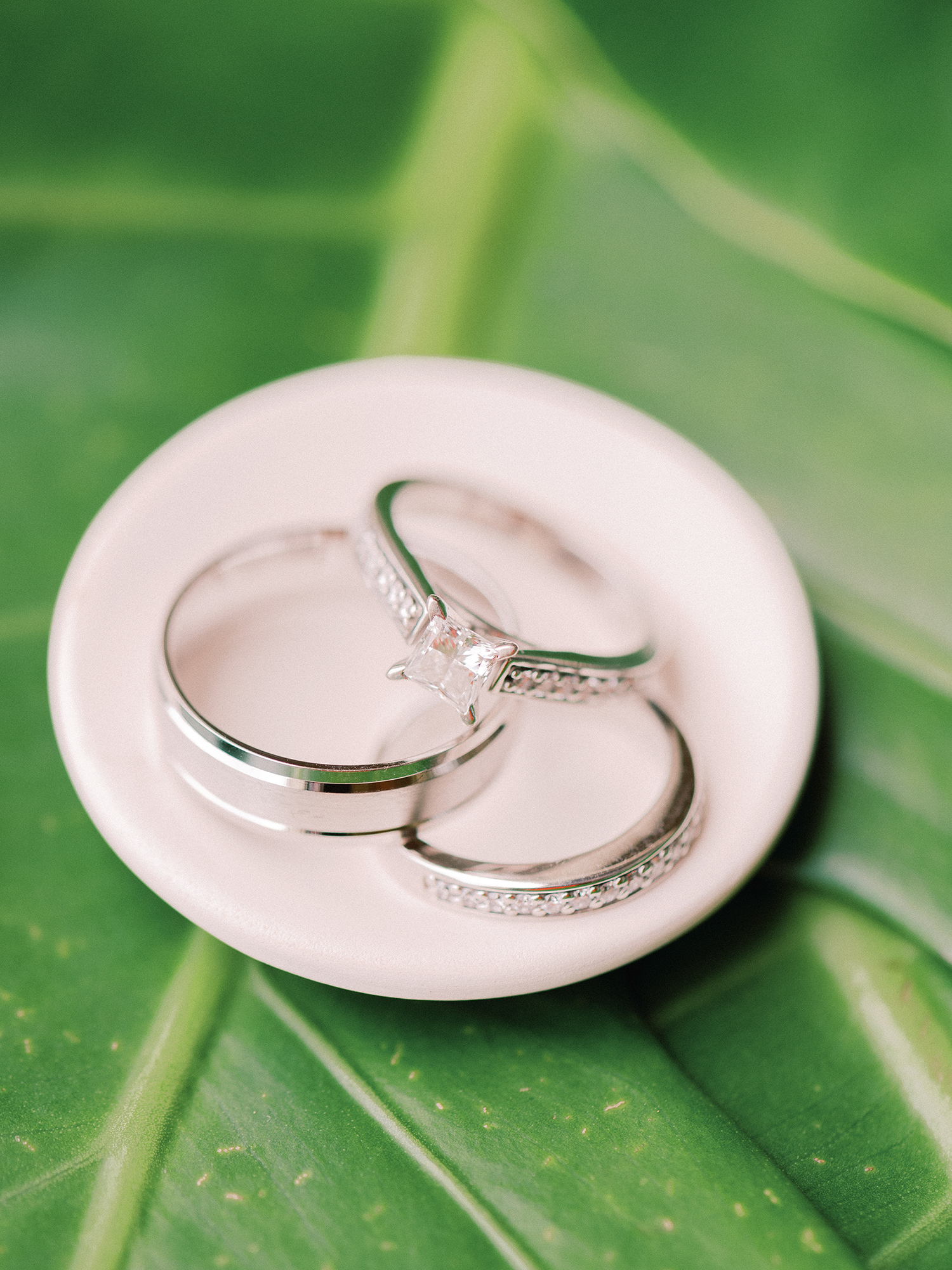melissa leighton wedding rings on place and leaf