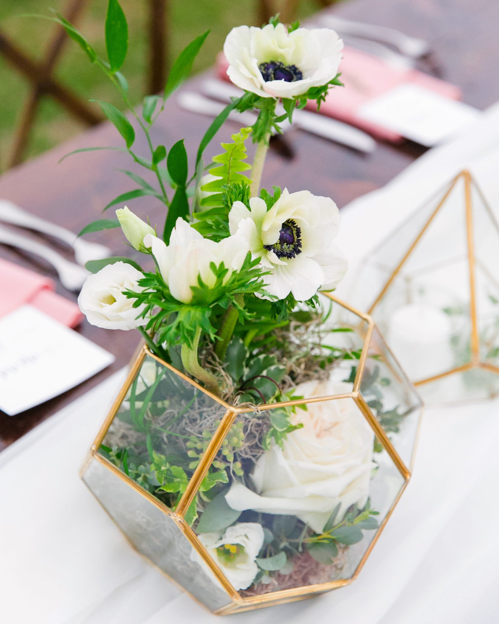 terrarium wedding ideas event centerpieces