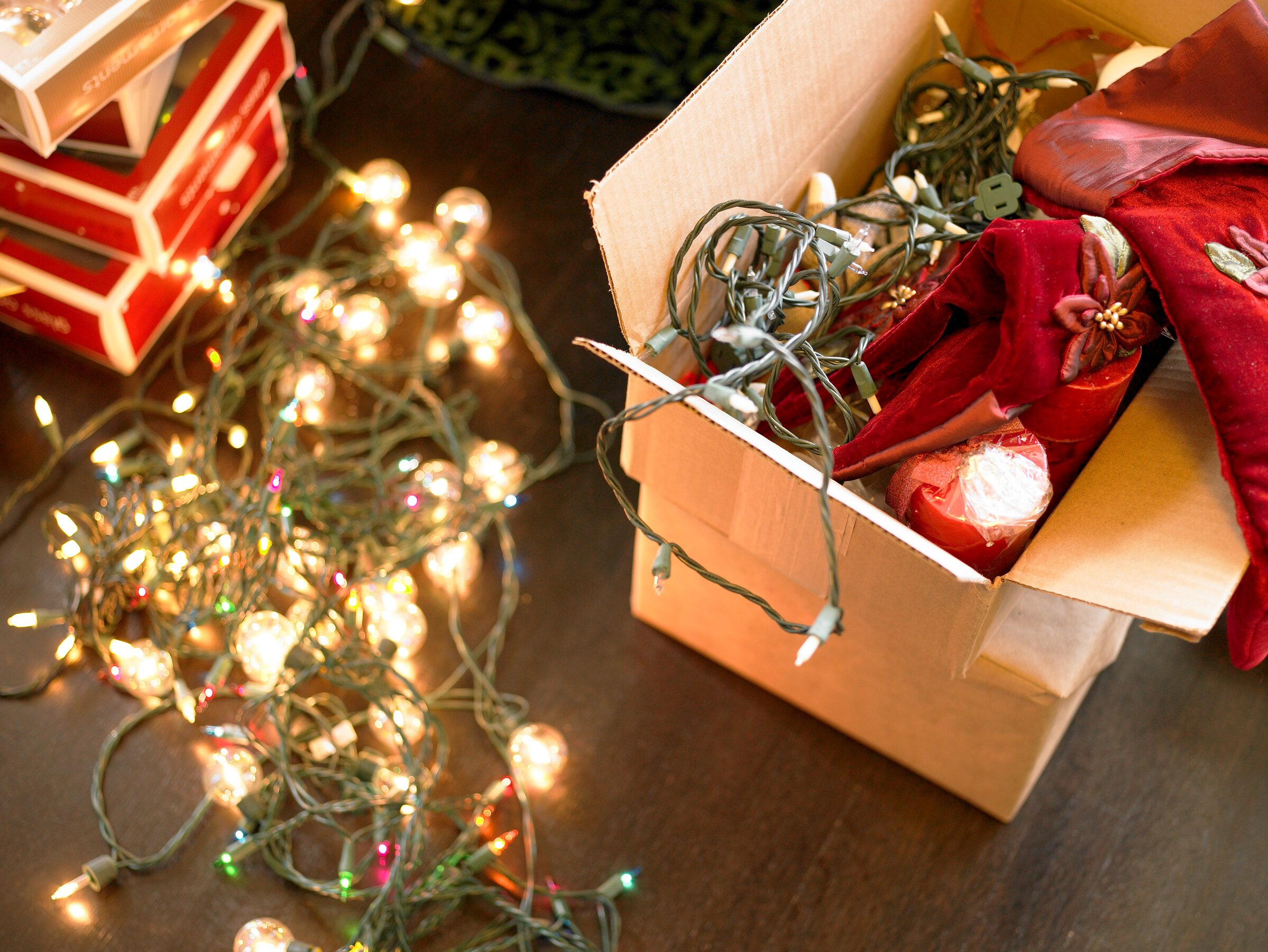 How To Hang Outdoor Christmas Lights.How To Hang Outdoor Christmas Lights Like A Professional