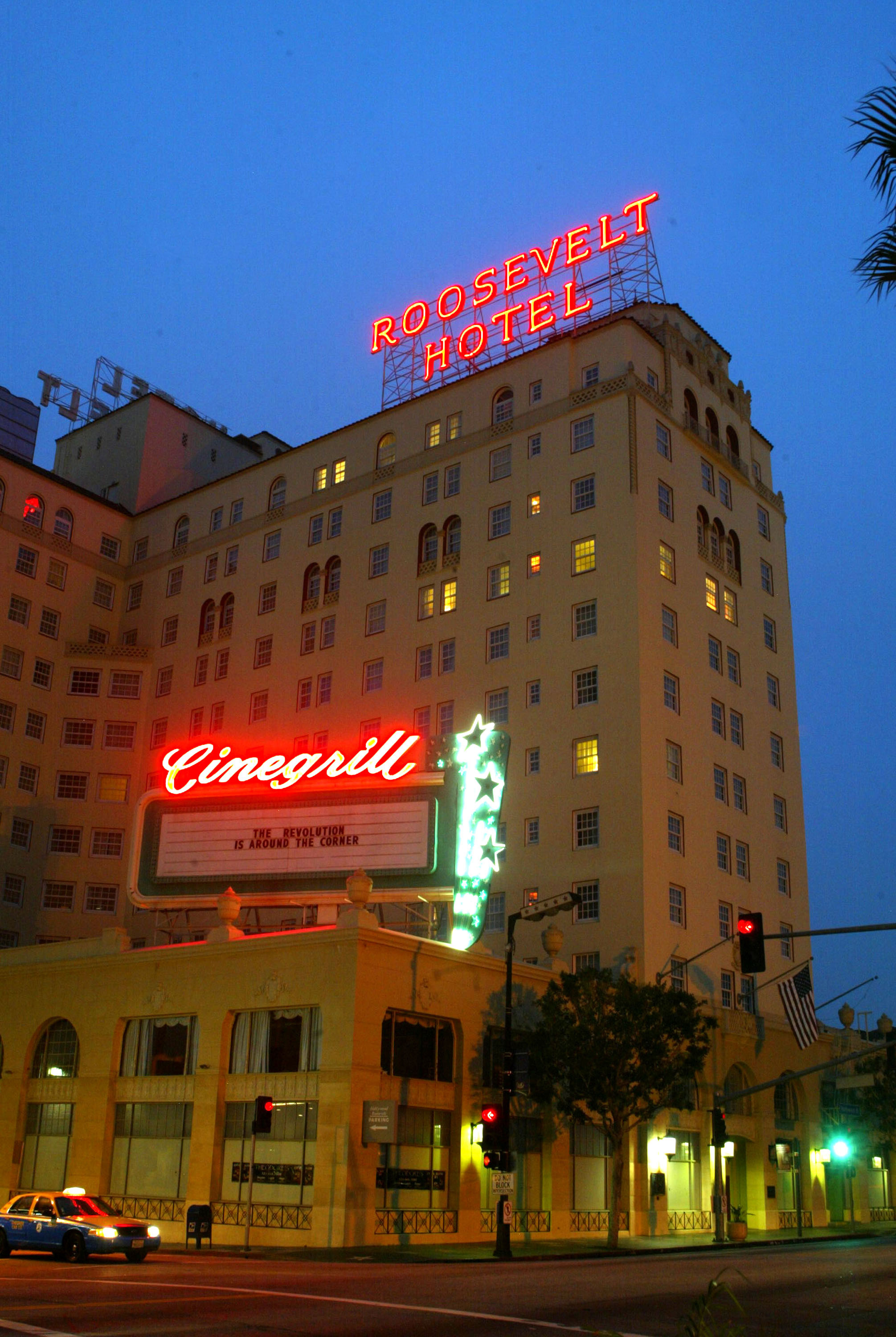 Night shot Roosevelt Hotel