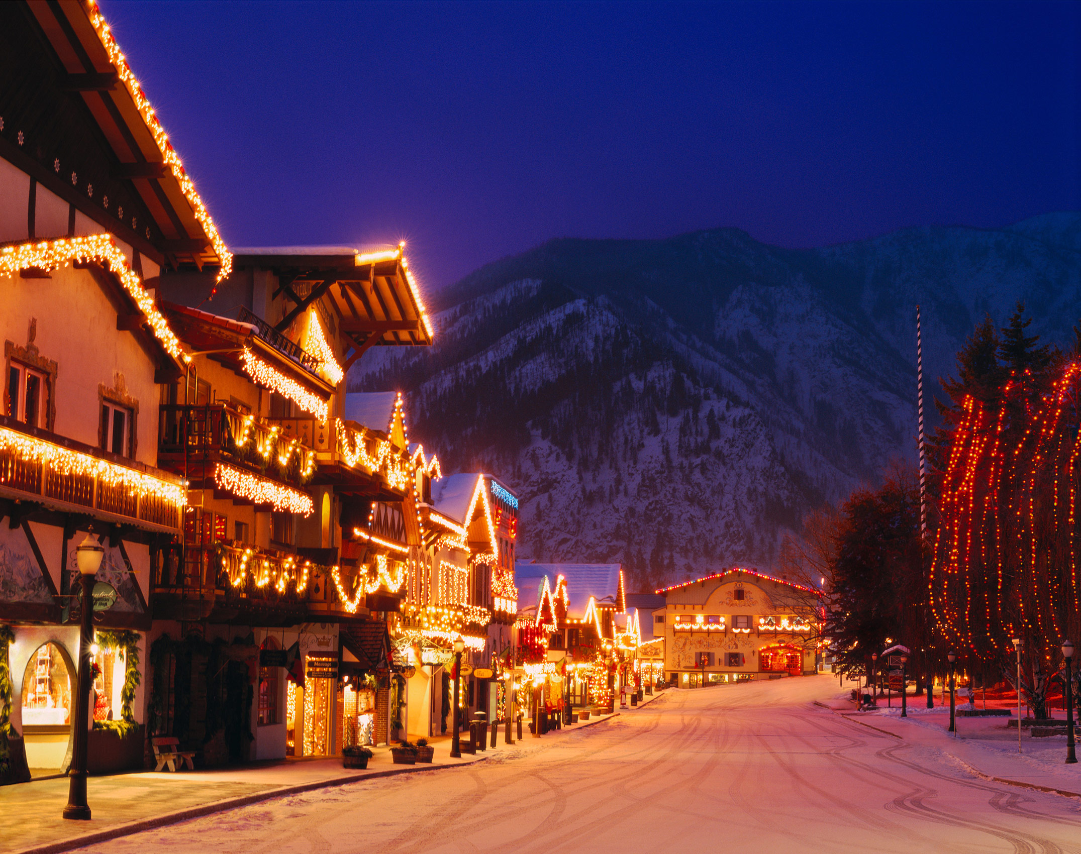 Christmas lights in Leavenworth at night