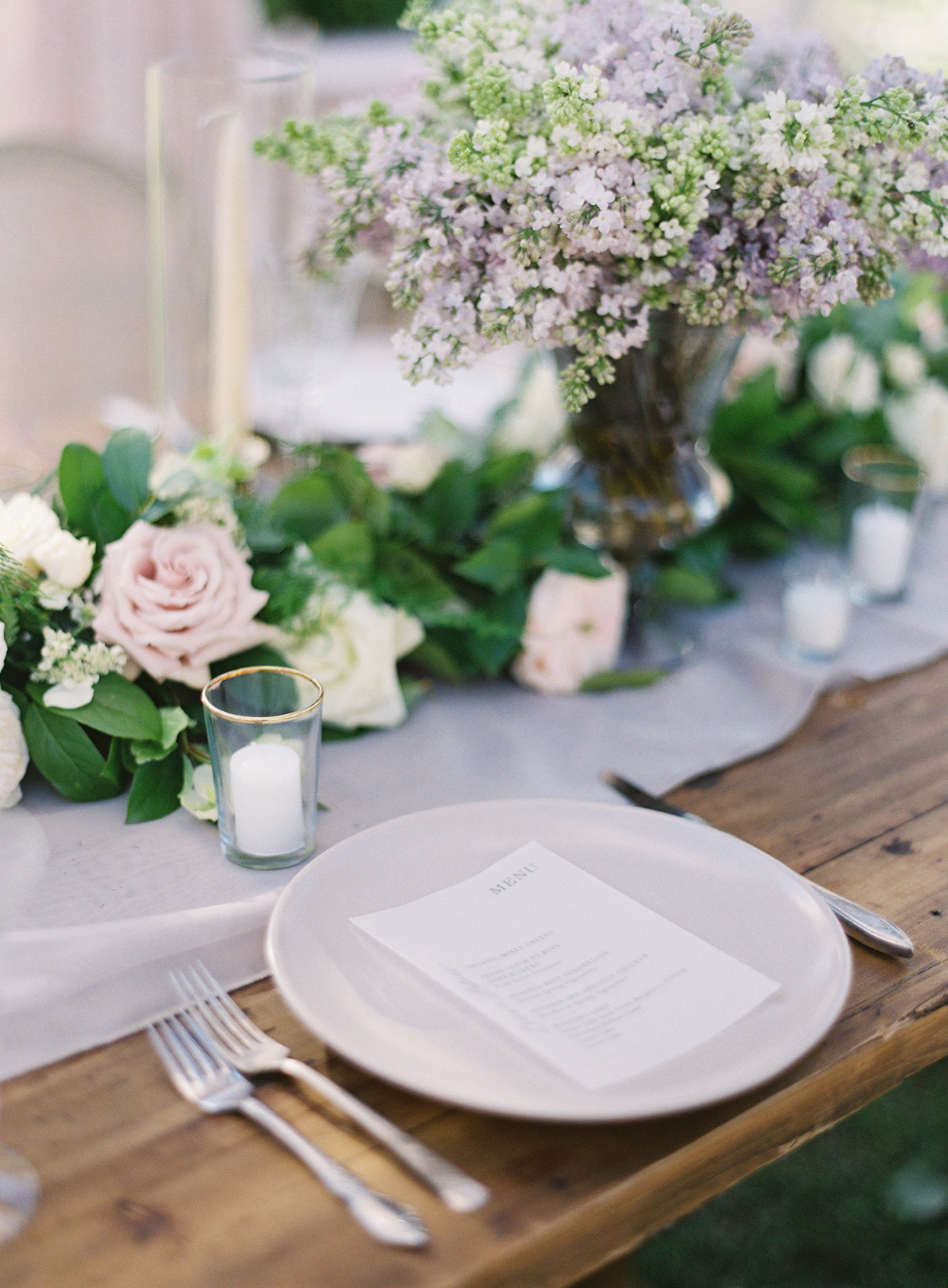 chelsea john wedding place setting white plate floral centerpiece