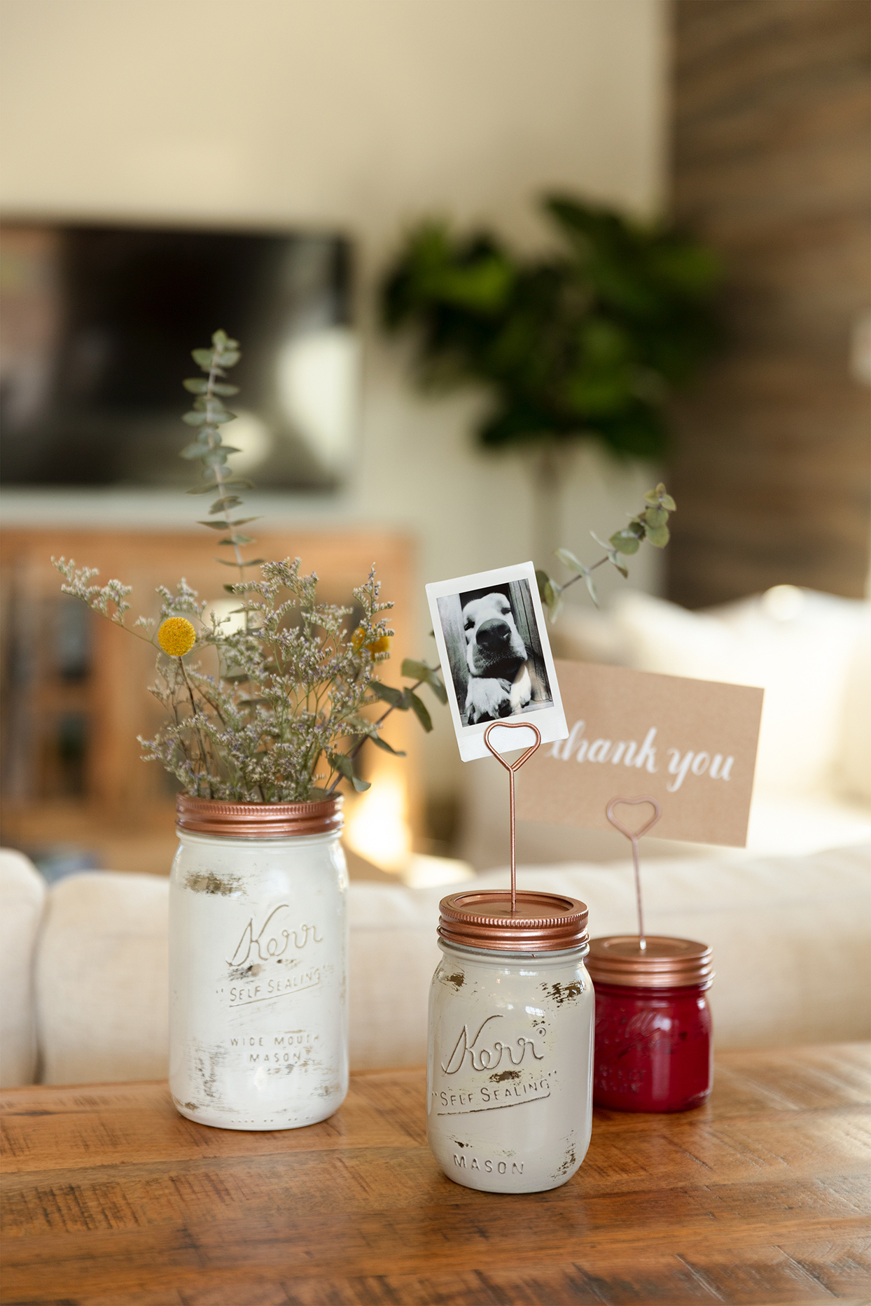 spray painted canning jar decorations