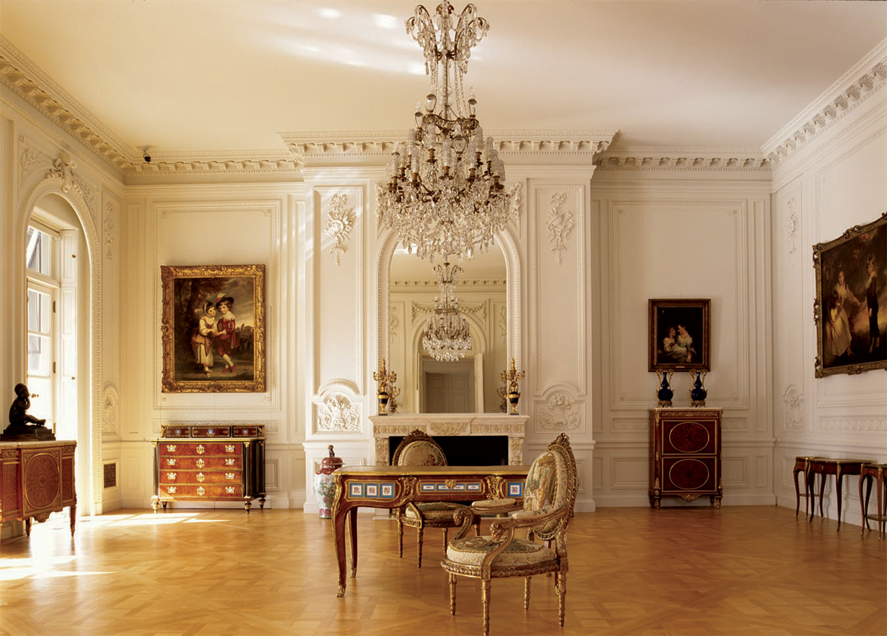 drawing room of the huntington library