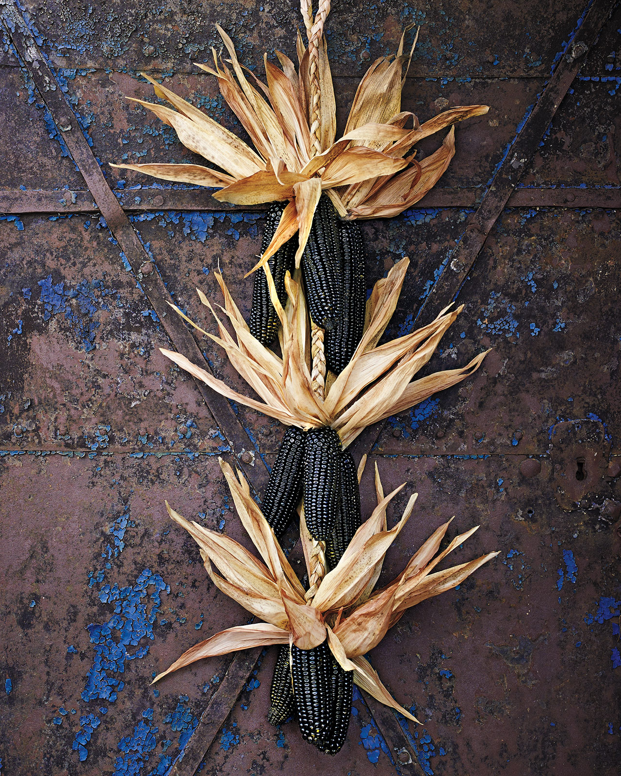 black corn husk garlands