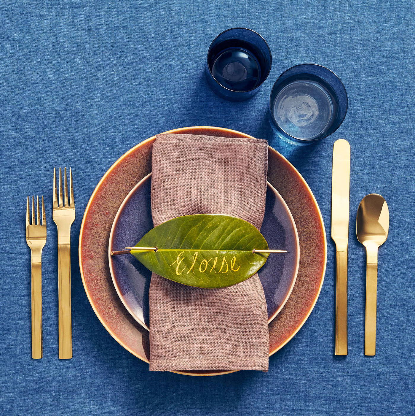earthy metallics leaf placecard place setting