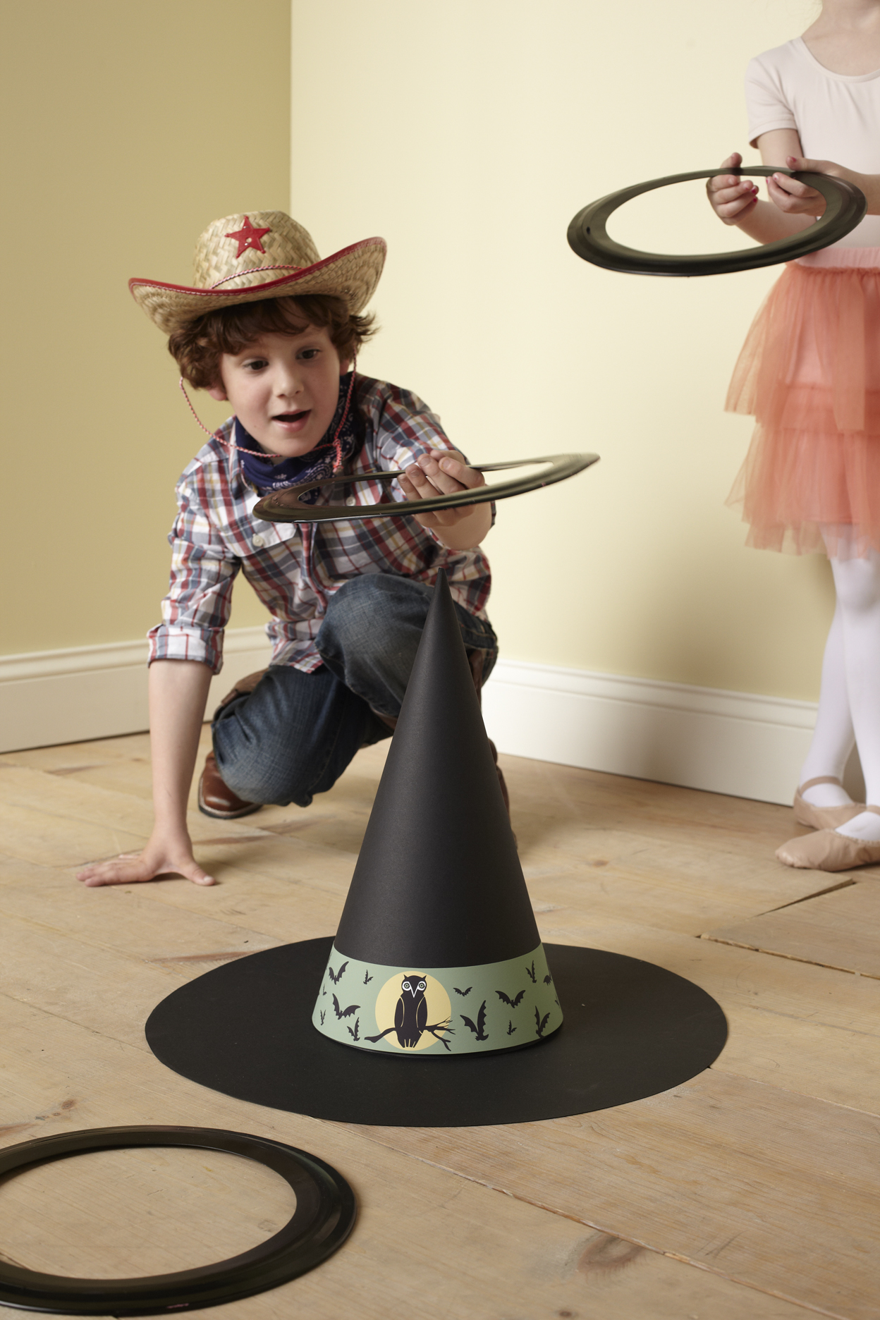 witch's hat ring toss game for Halloween