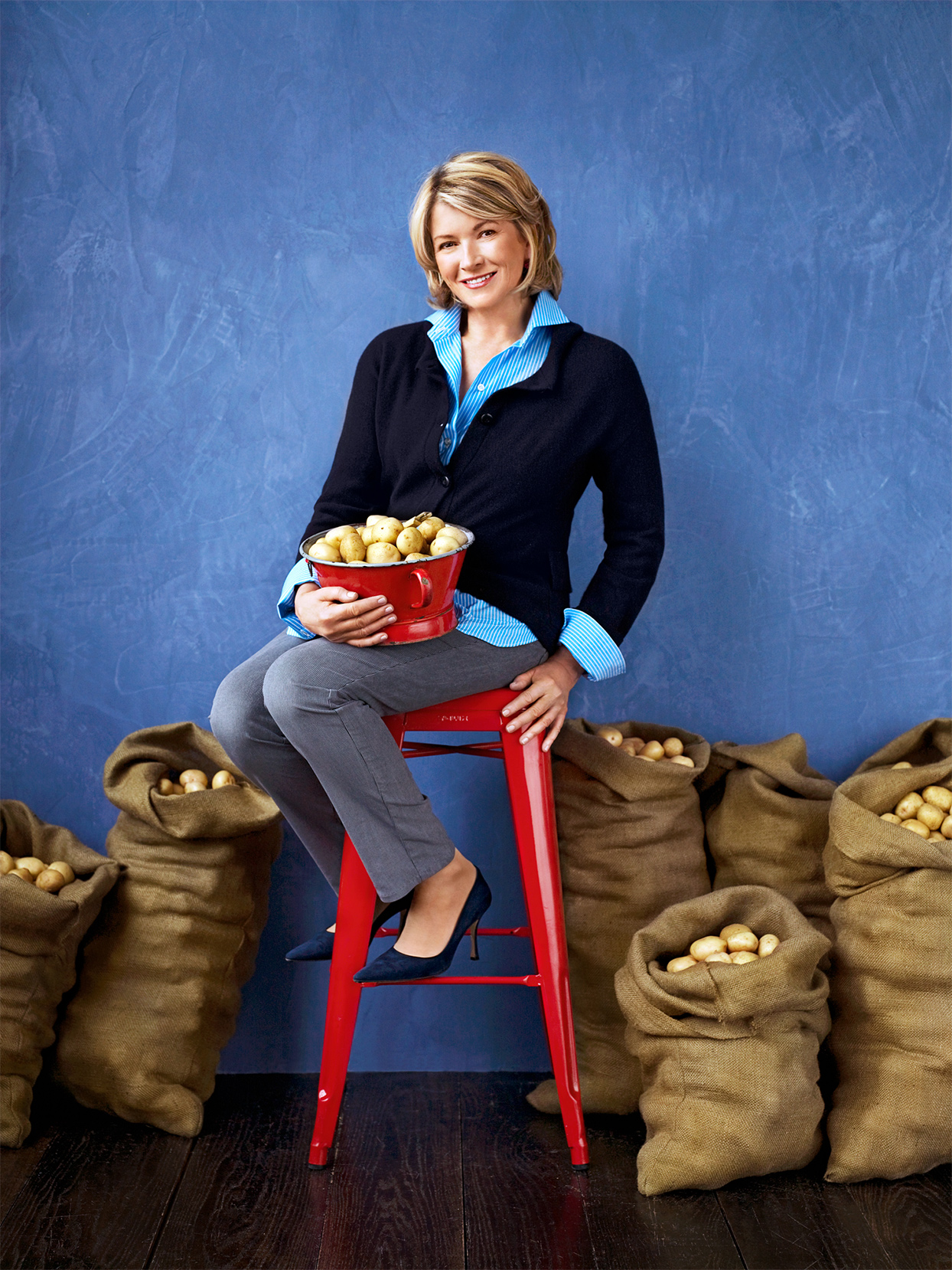 martha stewart with sacks of potatoes