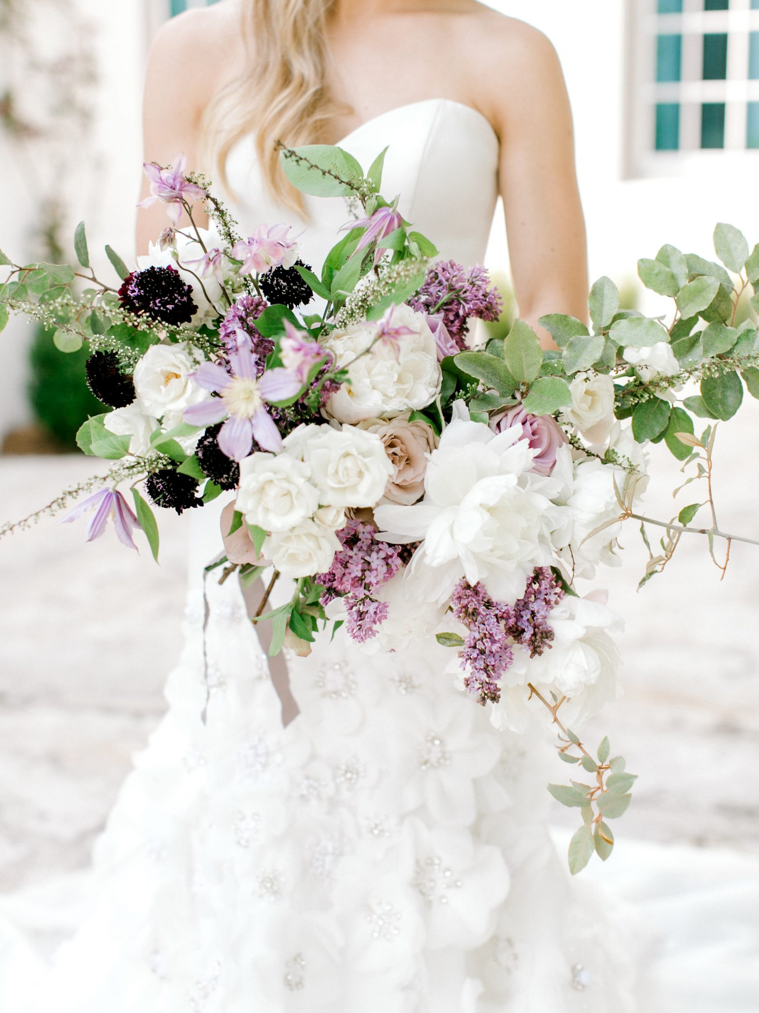 leighton craig wedding large flower bouquet