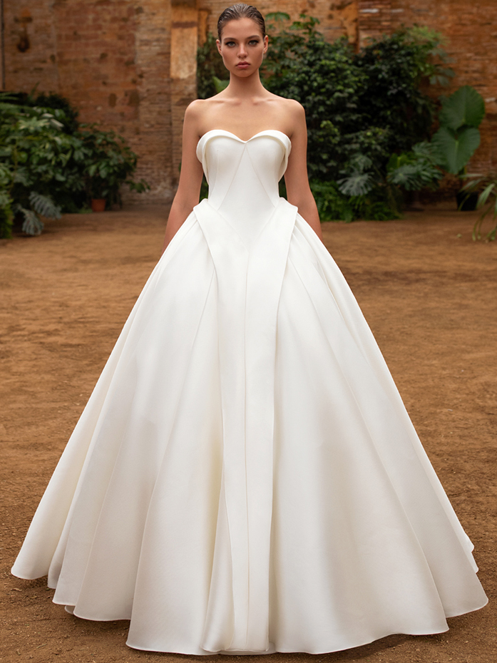 Zac Posen For White One ball gown strapless sweetheart wedding dress fall 2020