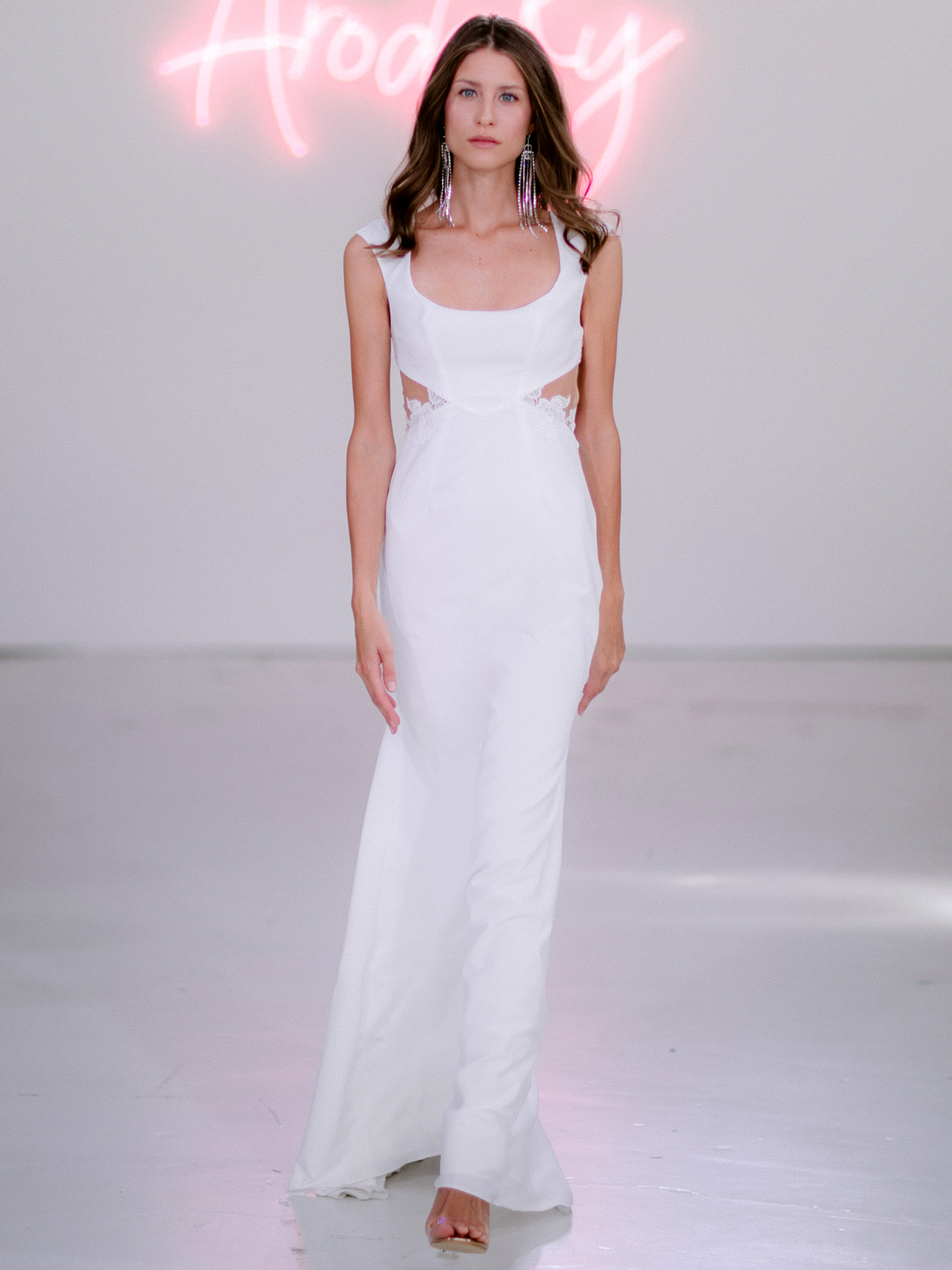 Rime Arodaky X The Mews Bridal side cut-outs sleeveless wedding dress fall 2020