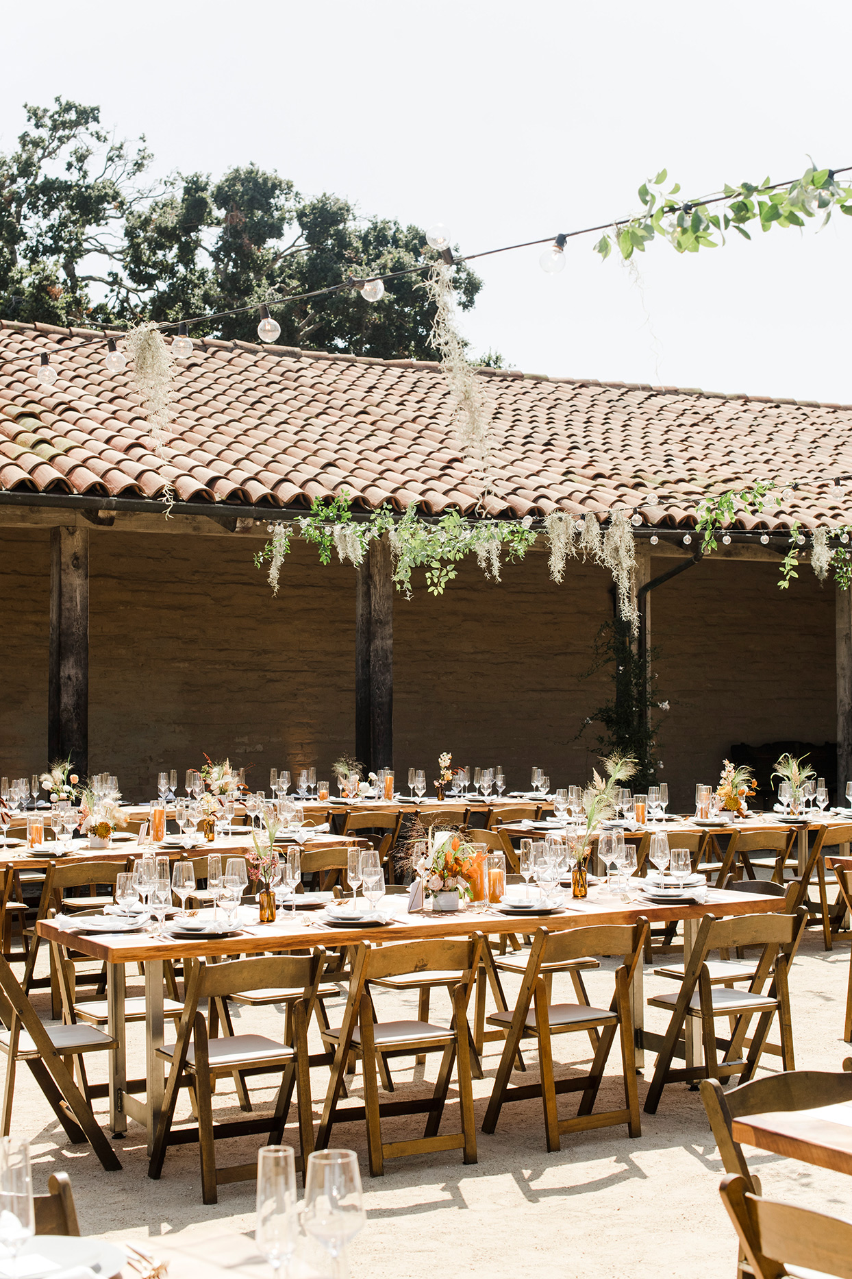 maddy will wedding reception outdoor tables